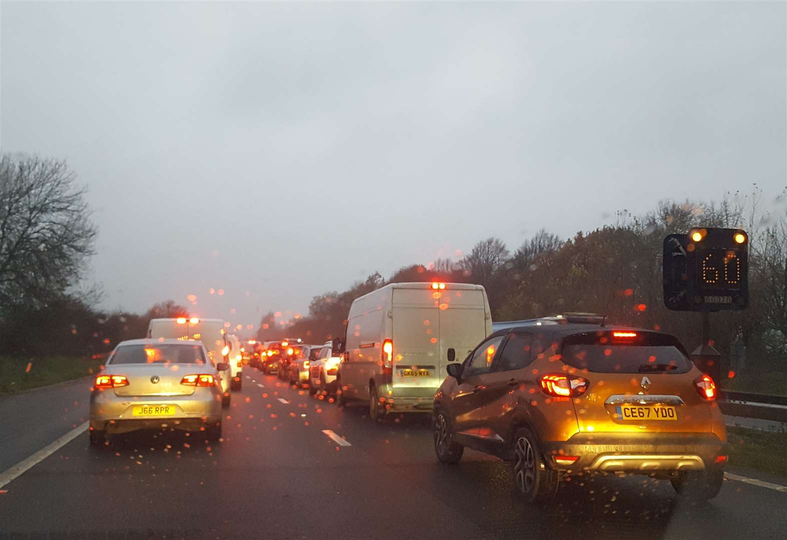 M2 pile up causes commuter chaos