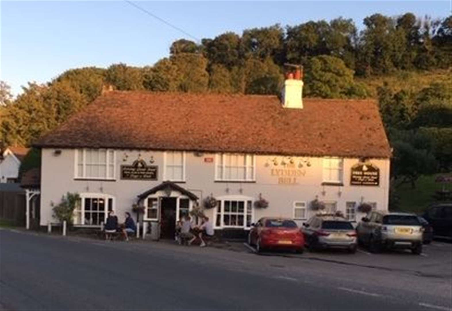 Secret Drinker uncorks a cracking country pub near the Kent coast