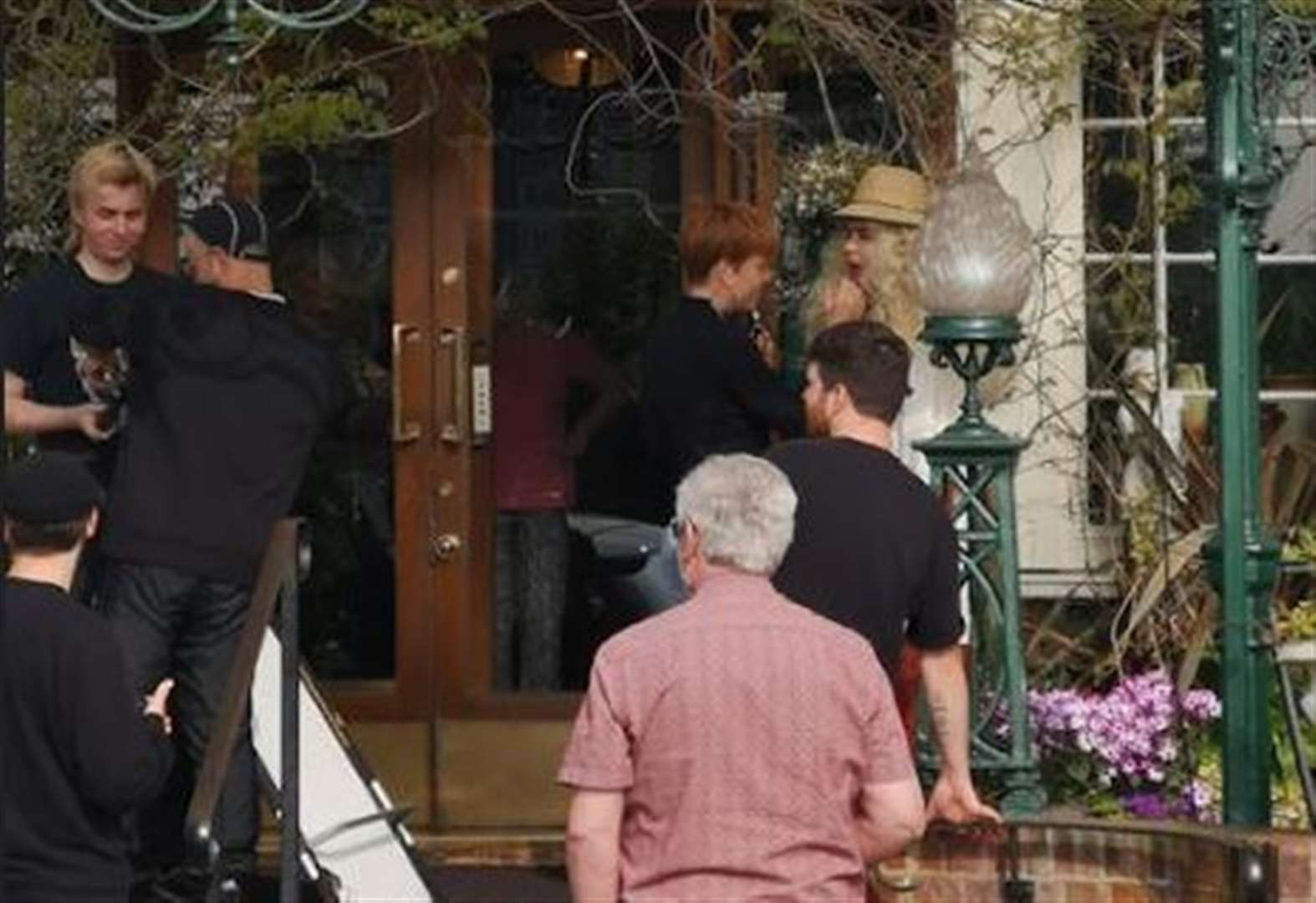 Paloma Faith filming at Kent hotel