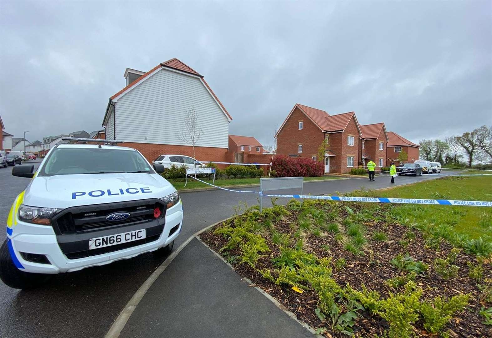 Police and forensics search home in PSCO murder probe