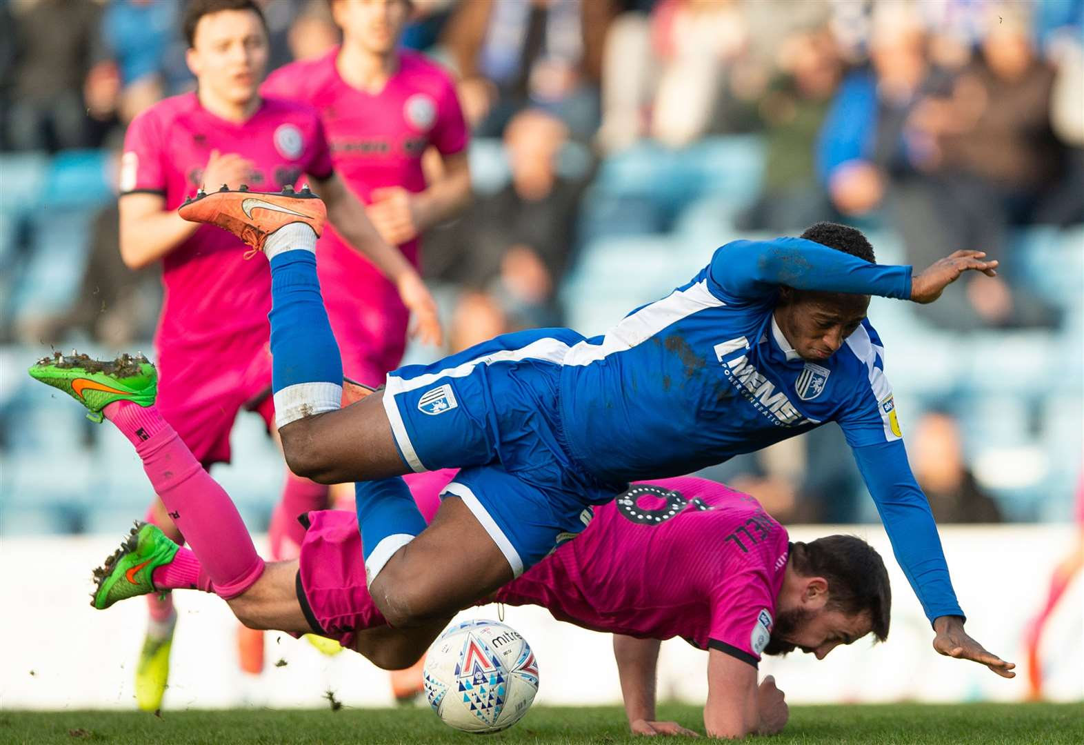 Gillingham 1 Rochdale 0 - top 10 pictures