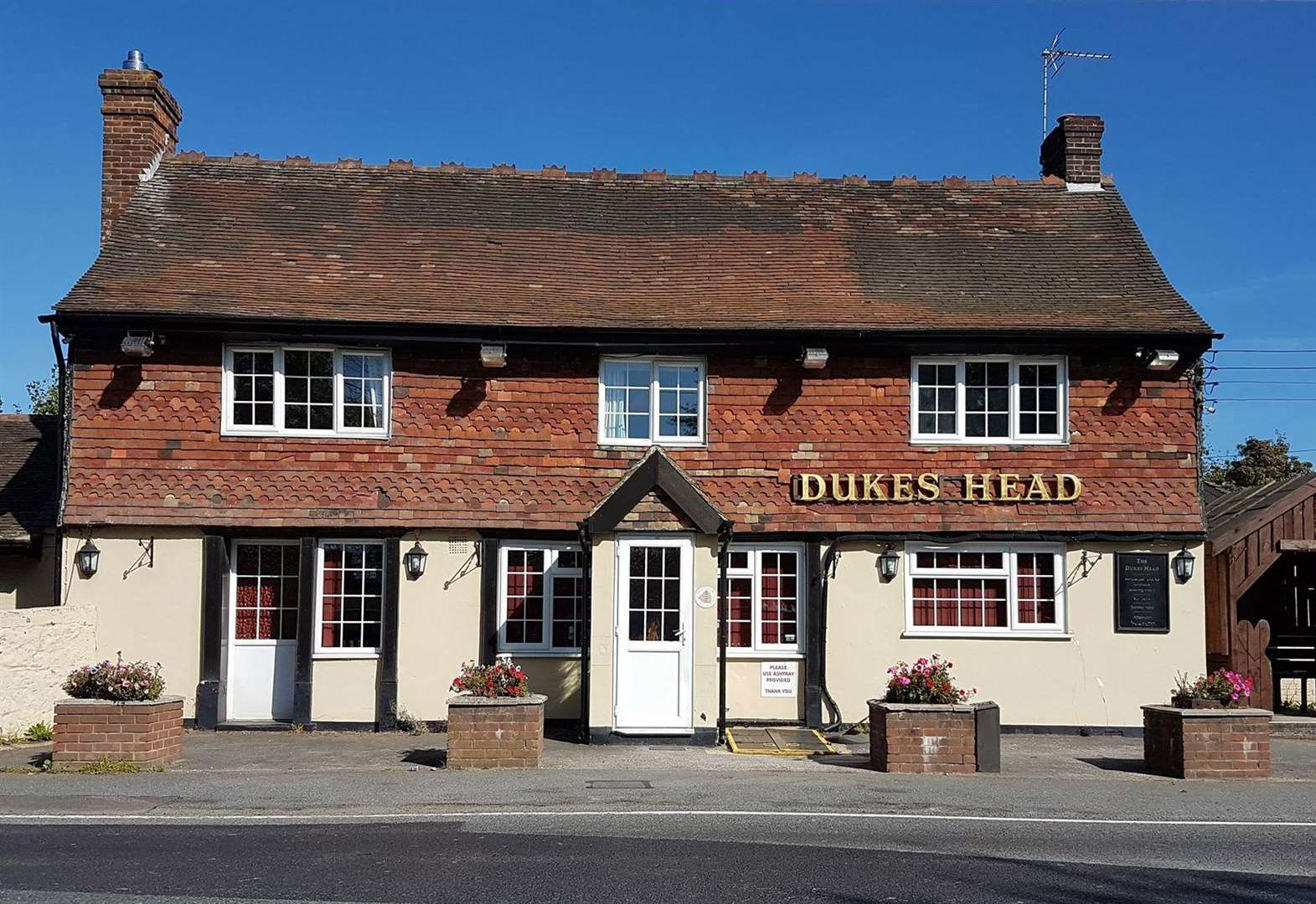 Prominent pub to reopen