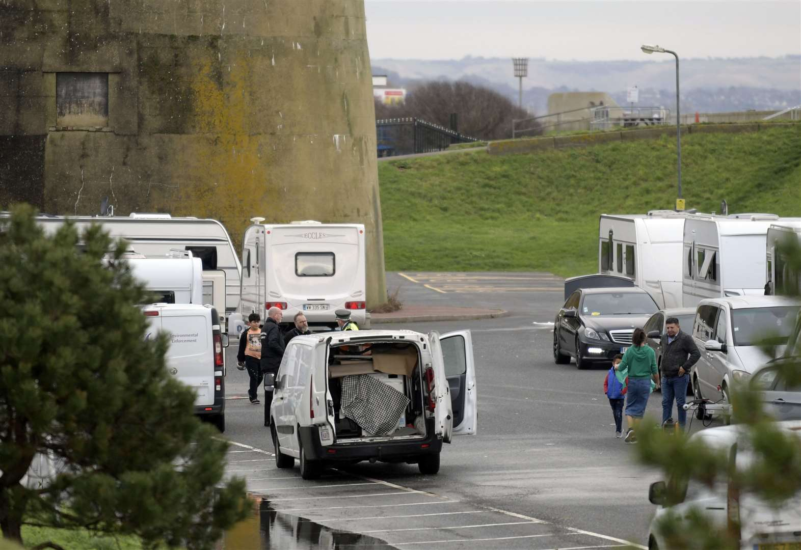 Traveller camp enters sixth day