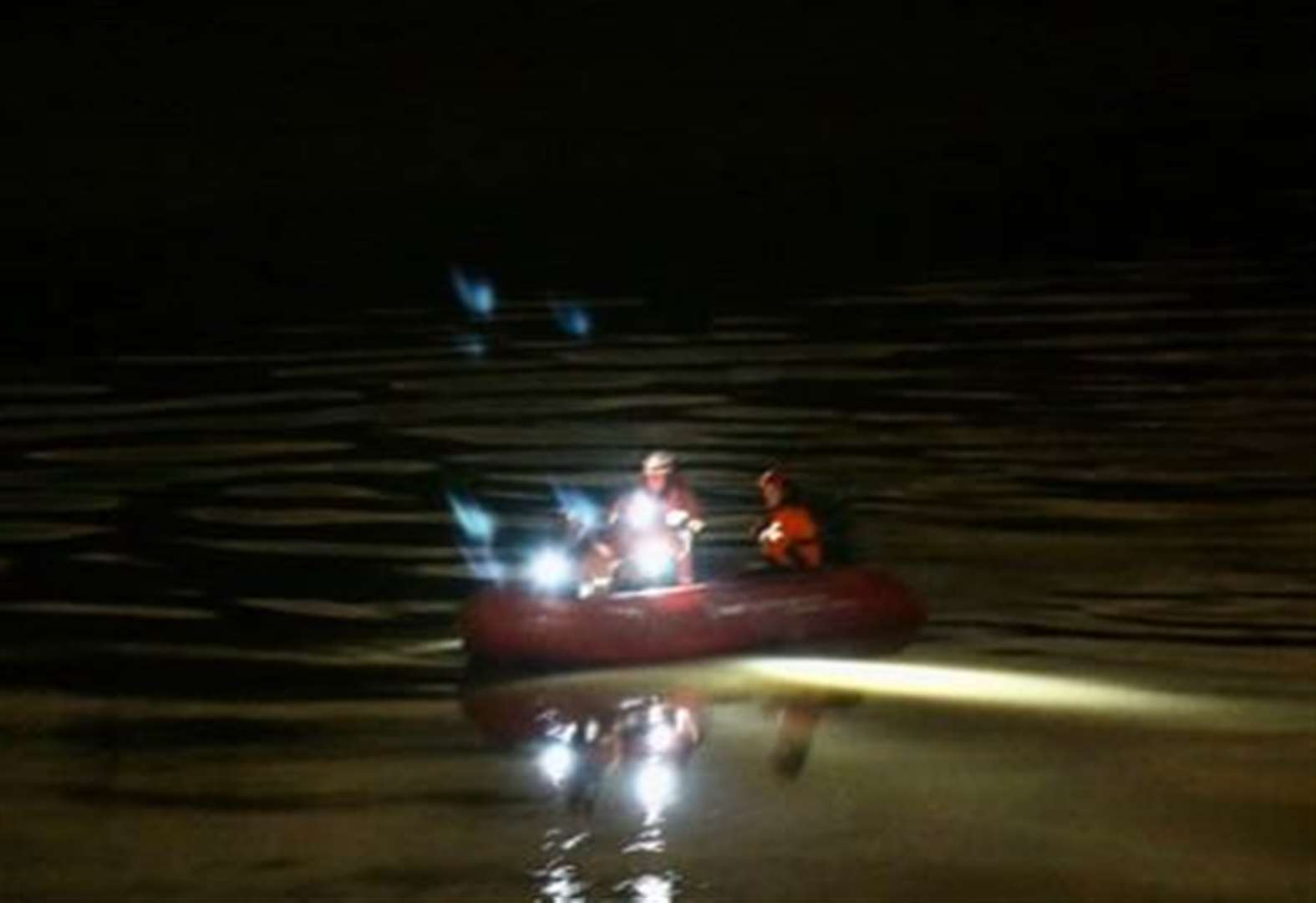 Emergency services search River Medway