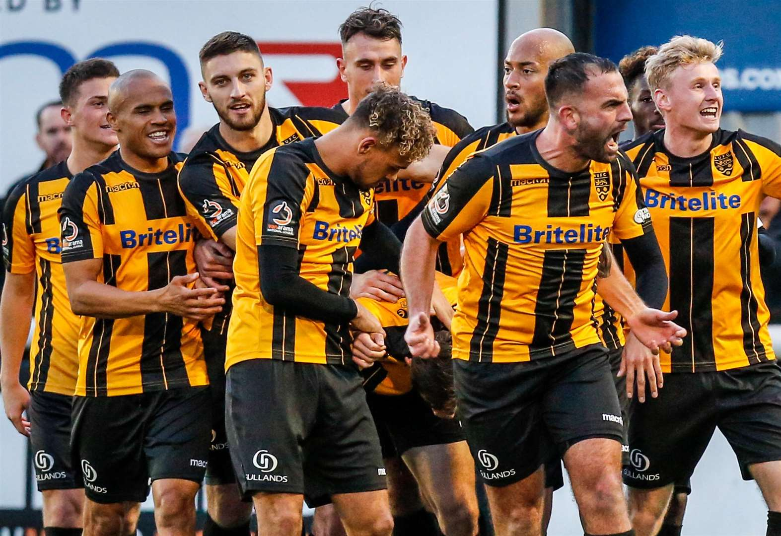 Maidstone v Macclesfield - top 10 pictures