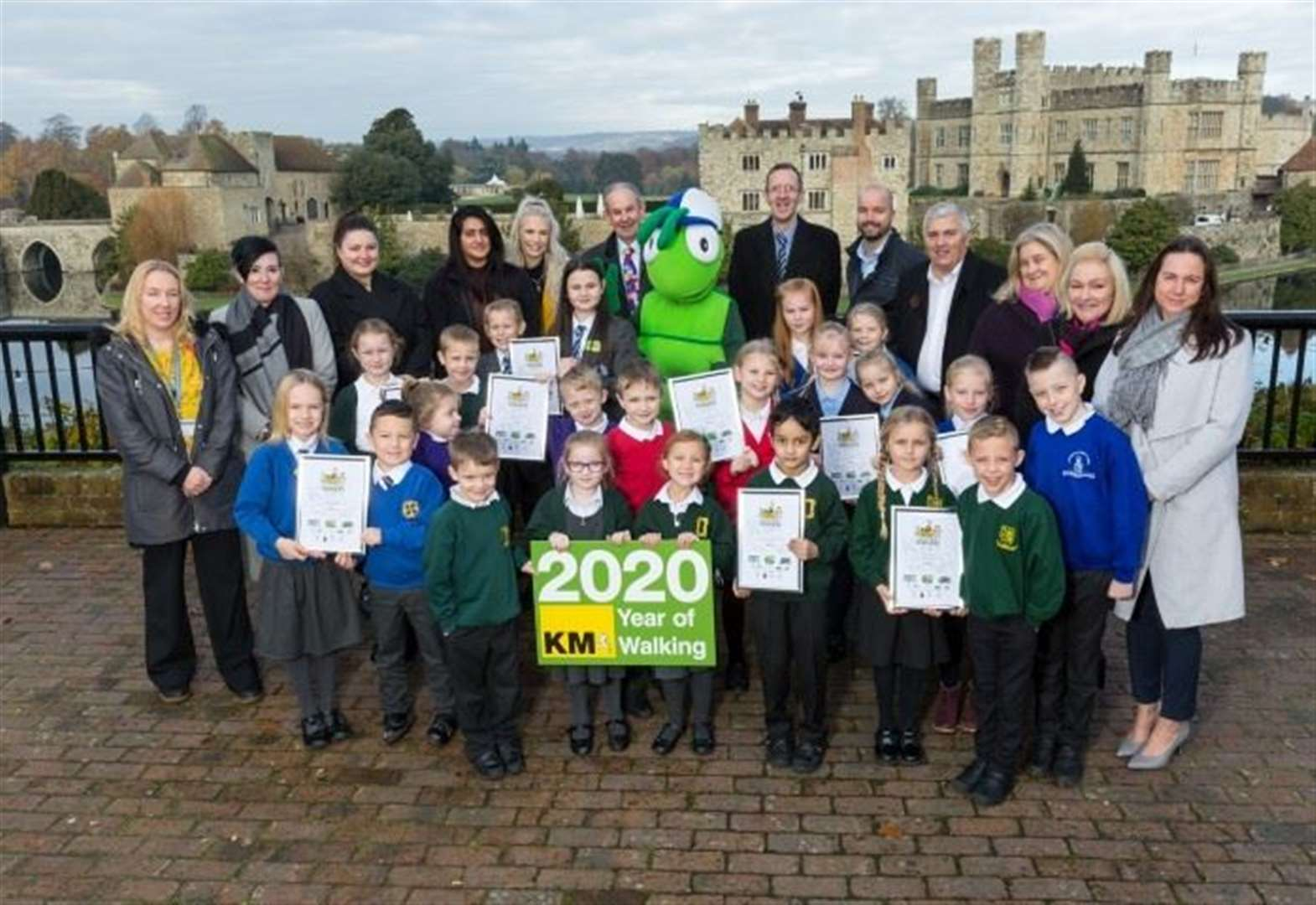 Primary challenge winners enjoy castle celebrations