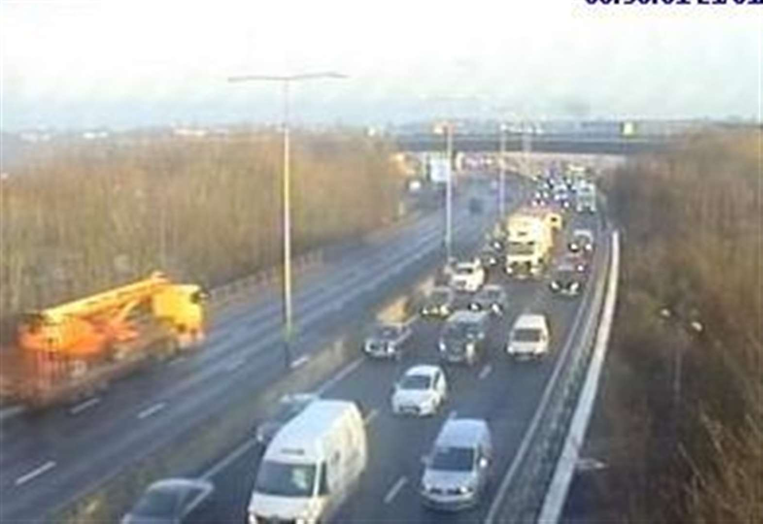 Two people injured in multi car pile up on M25