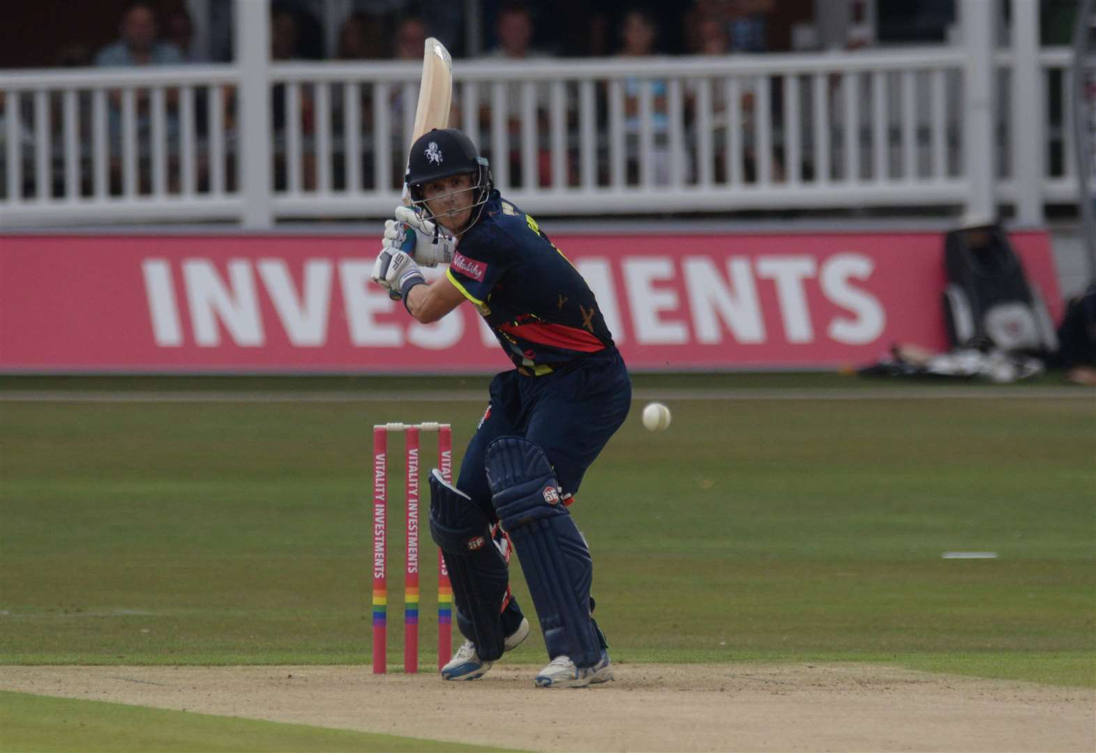 Kent lose by eight wickets to Gloucestershire
