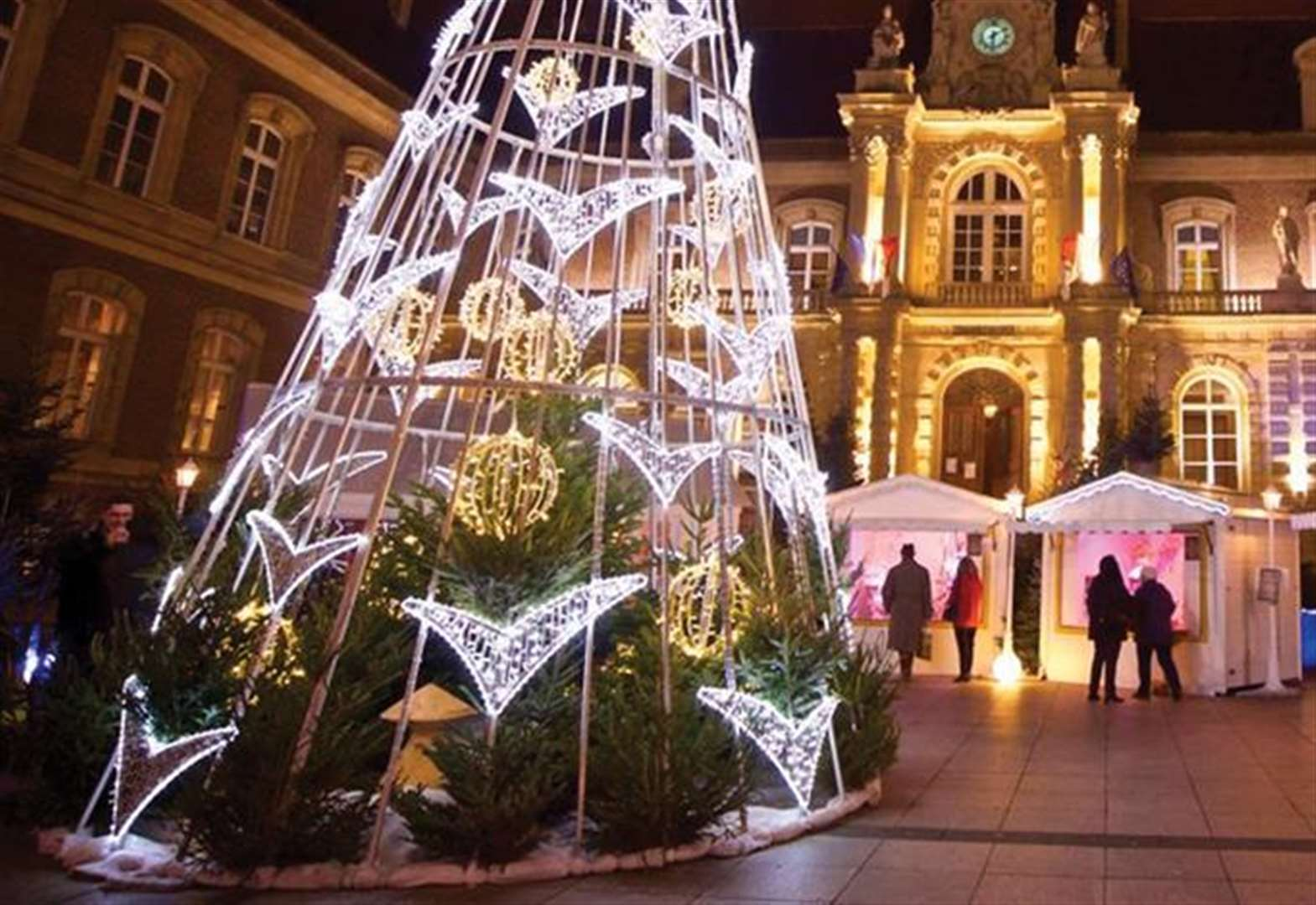 Amiens: the ultimate Christmas experience at a cut price