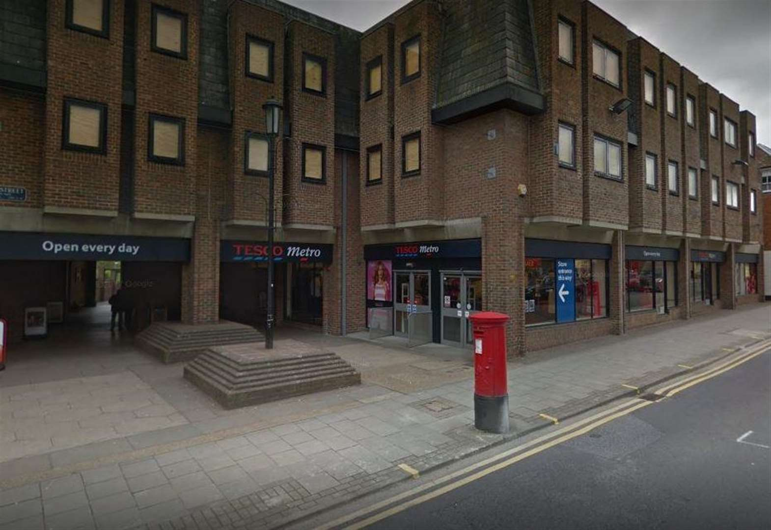 Tesco to close town centre store