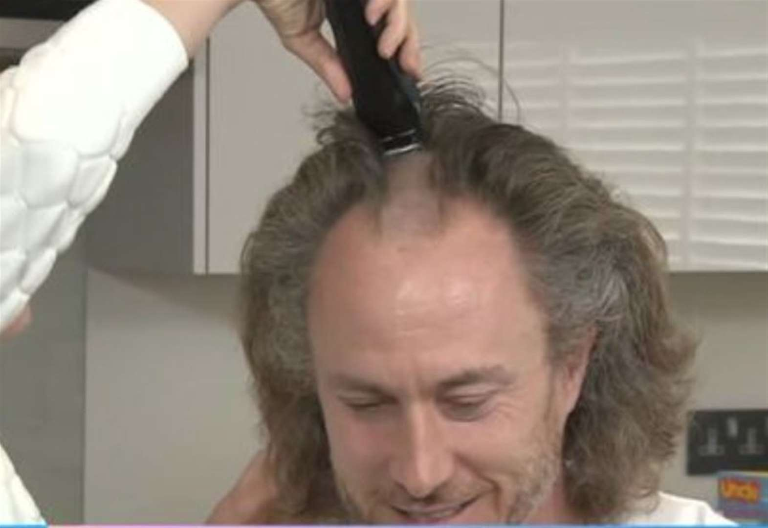 Former Strictly star shaves head live on TV
