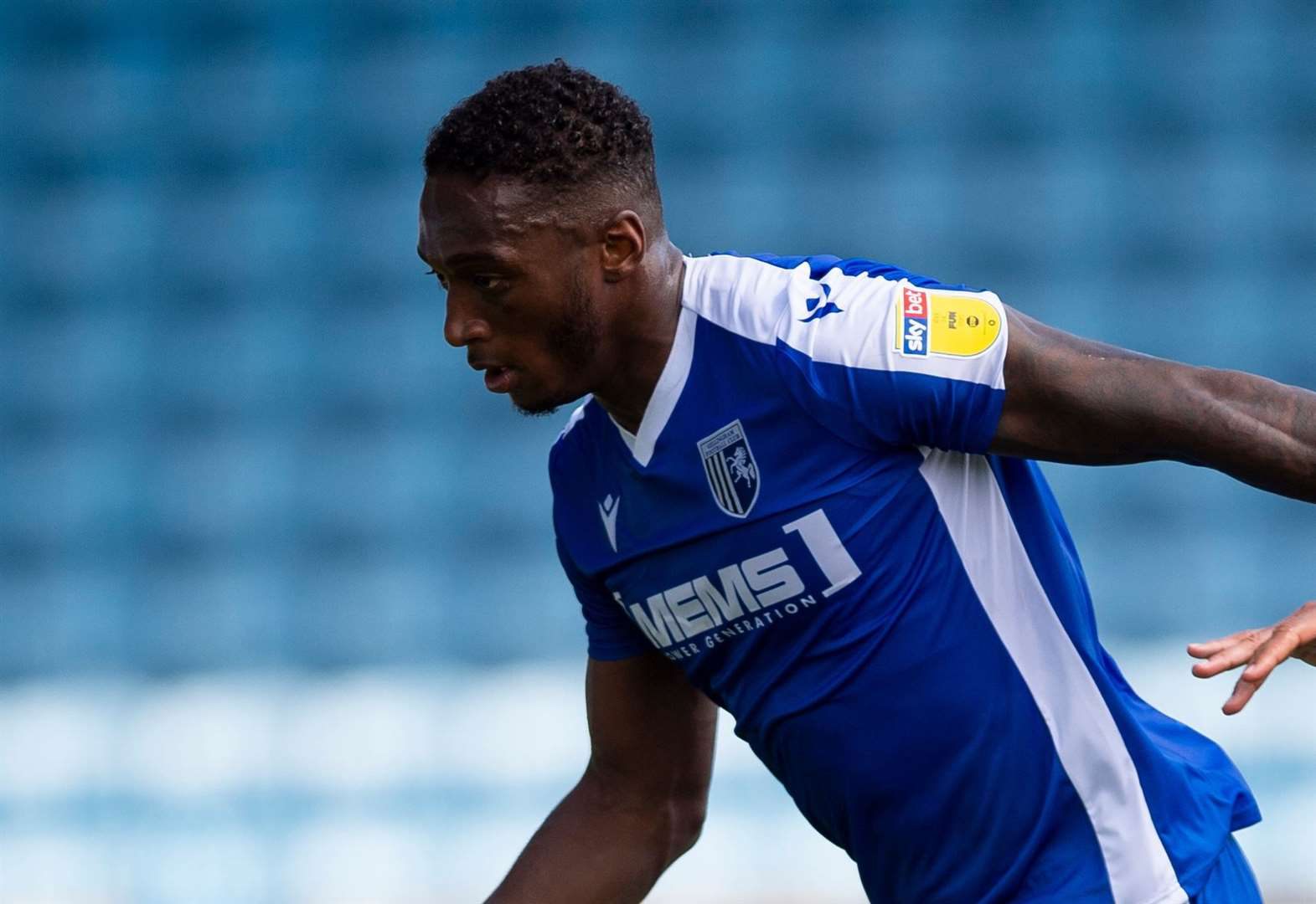 Report: Dover provide tough test for Gills