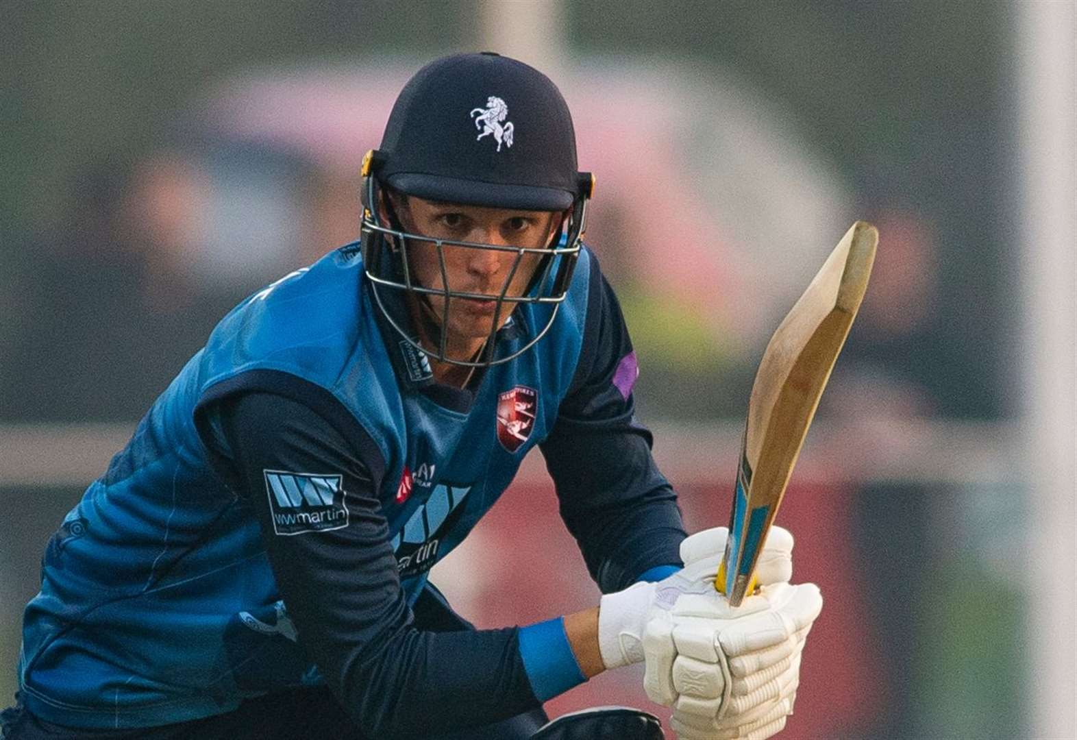 Kent suffer heavy defeat