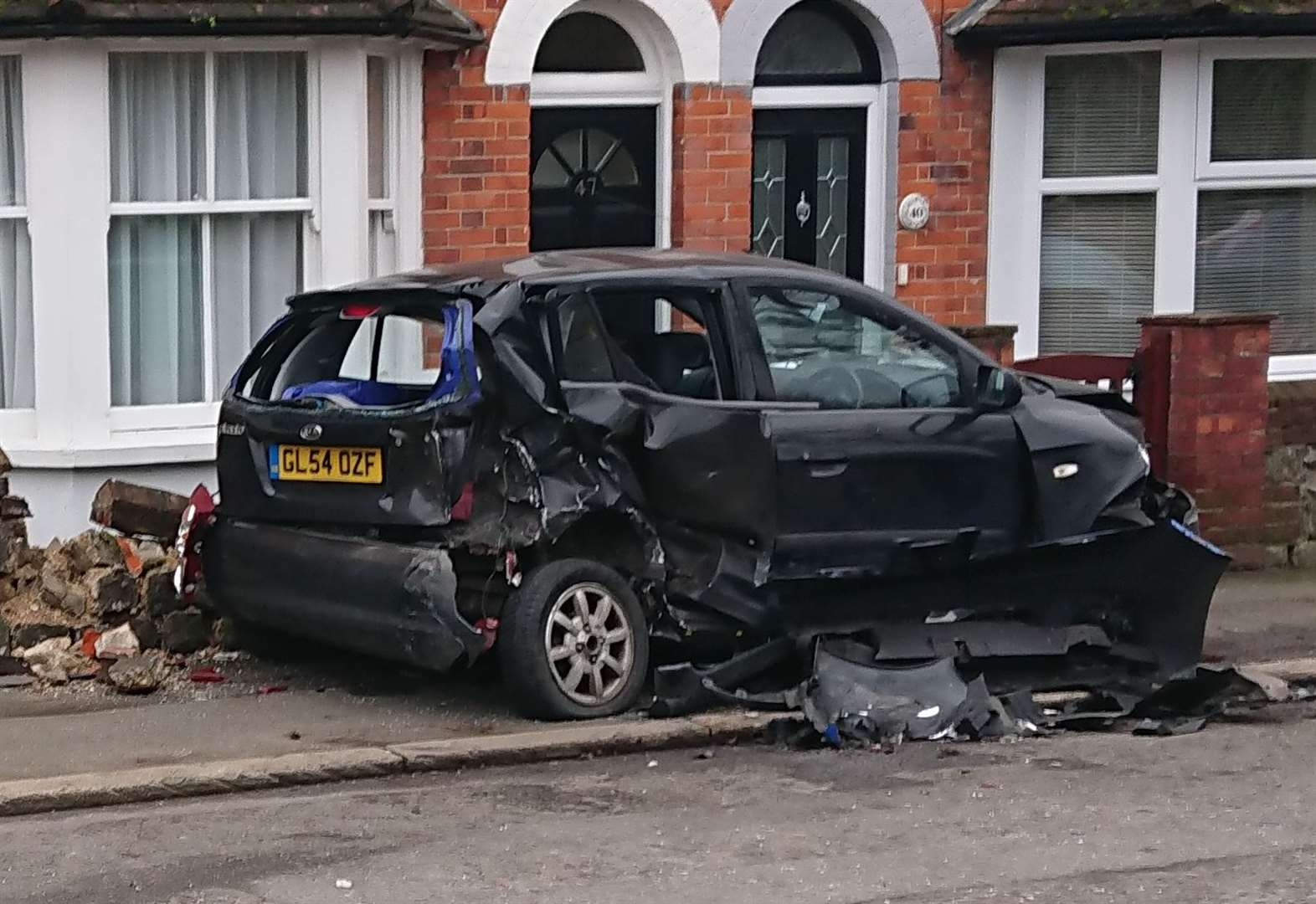 Man charged after car wrecked in crash