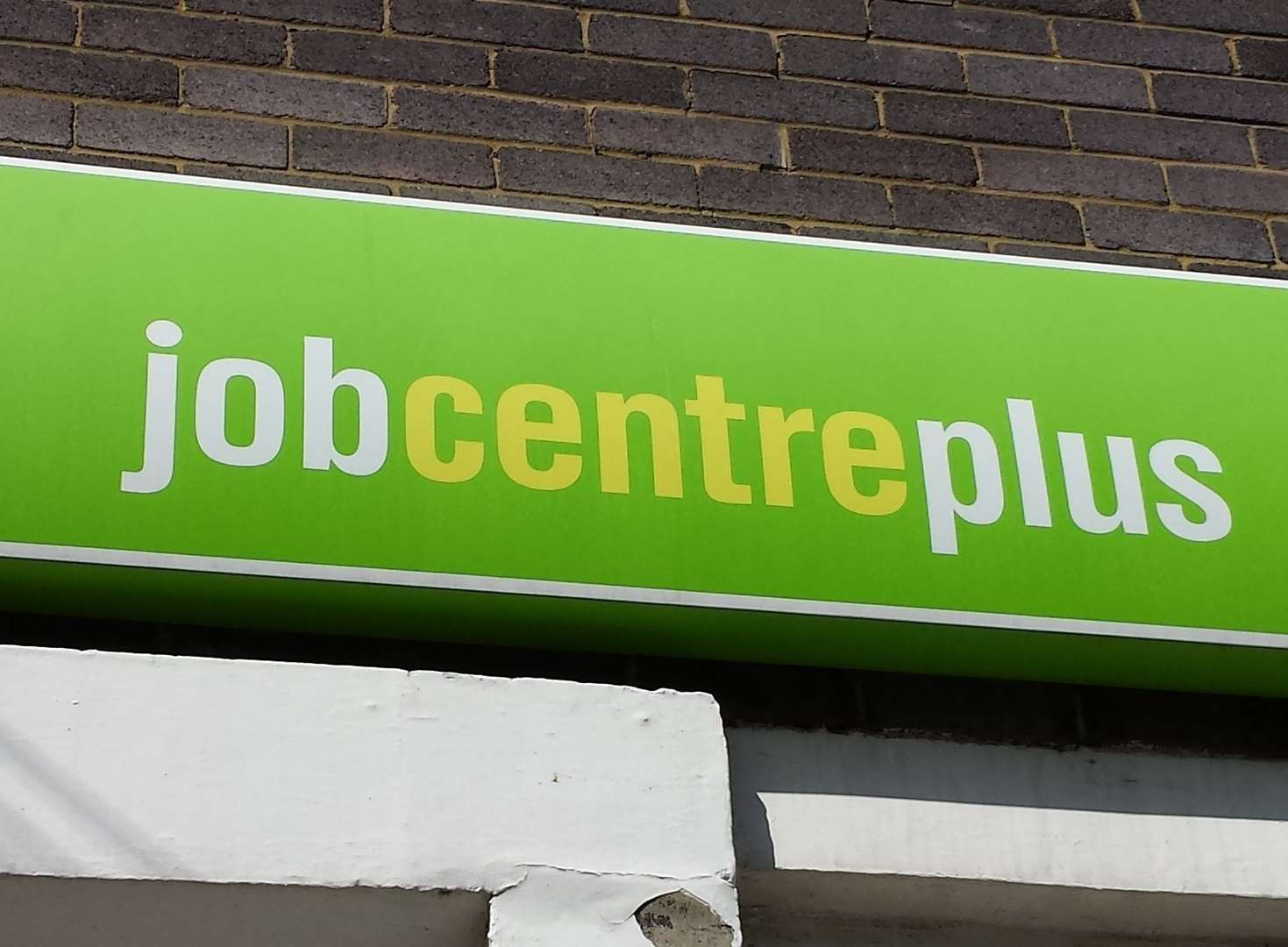Universal credit boosts claimant numbers