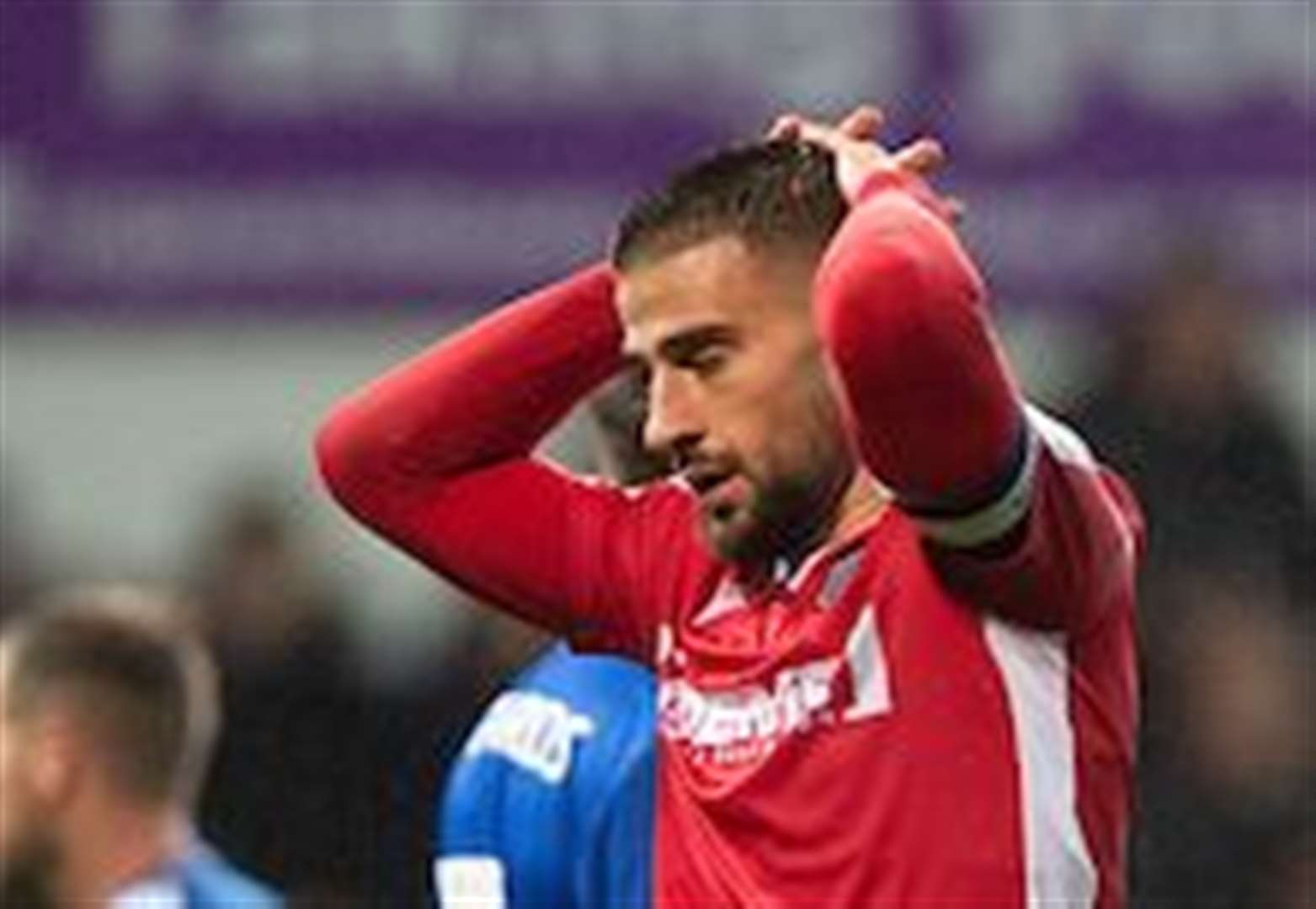 Report: Impressive Gills claim Boxing Day point