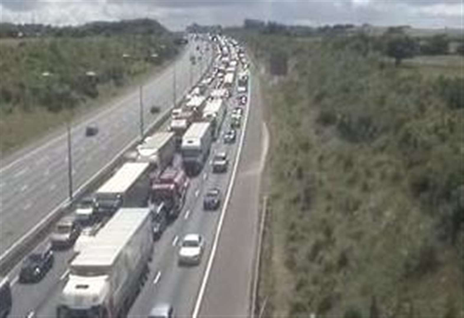 Diesel spill on M25 causes 12-mile queues