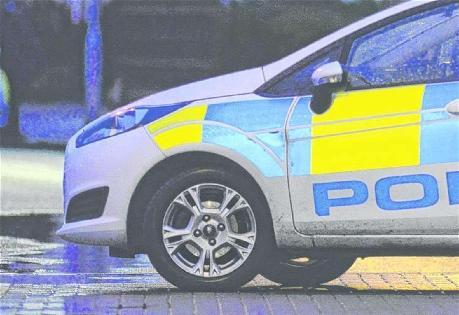 Police descend on Craylands Square, Swanscombe, to arrest