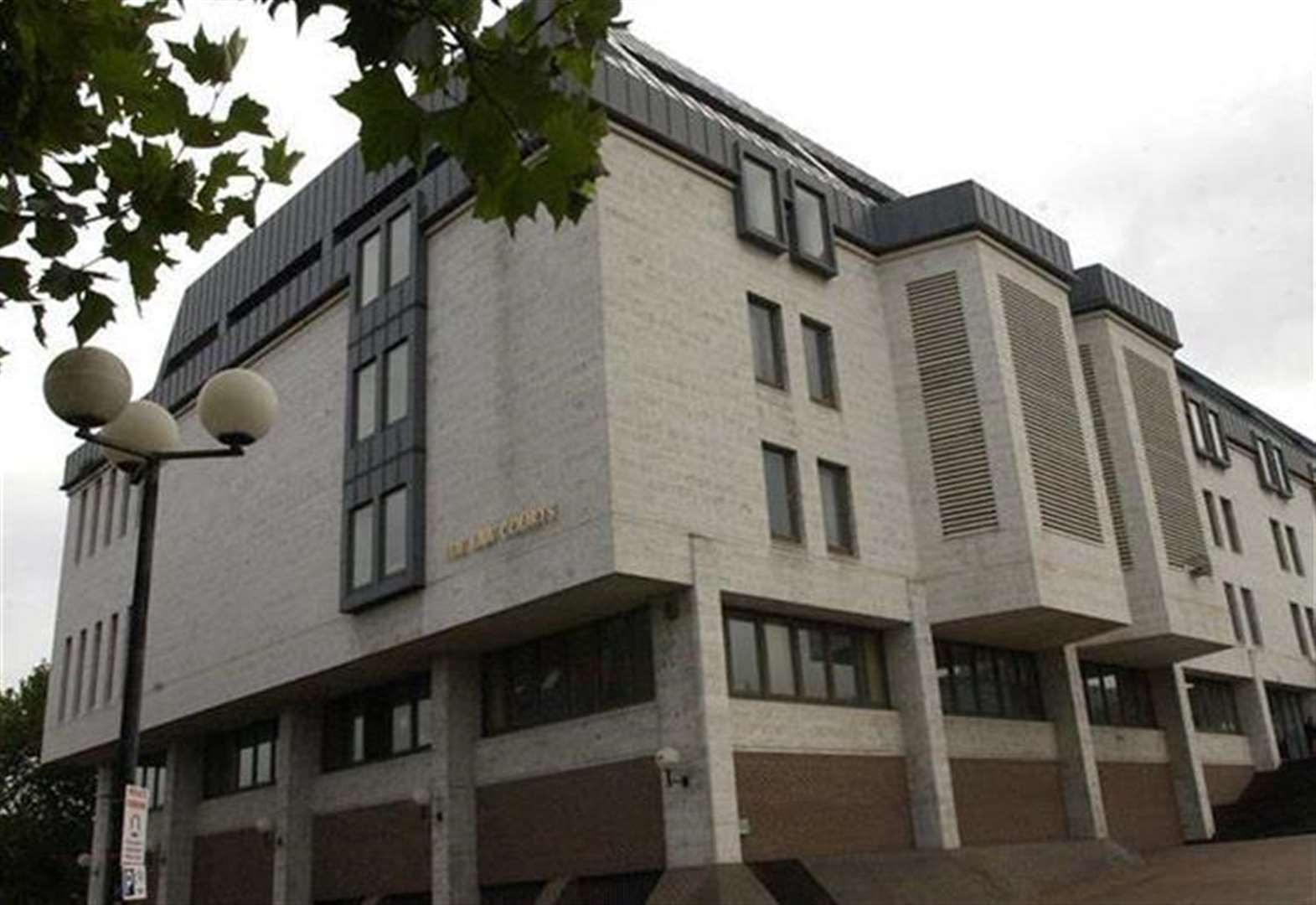 Man admits child abduction