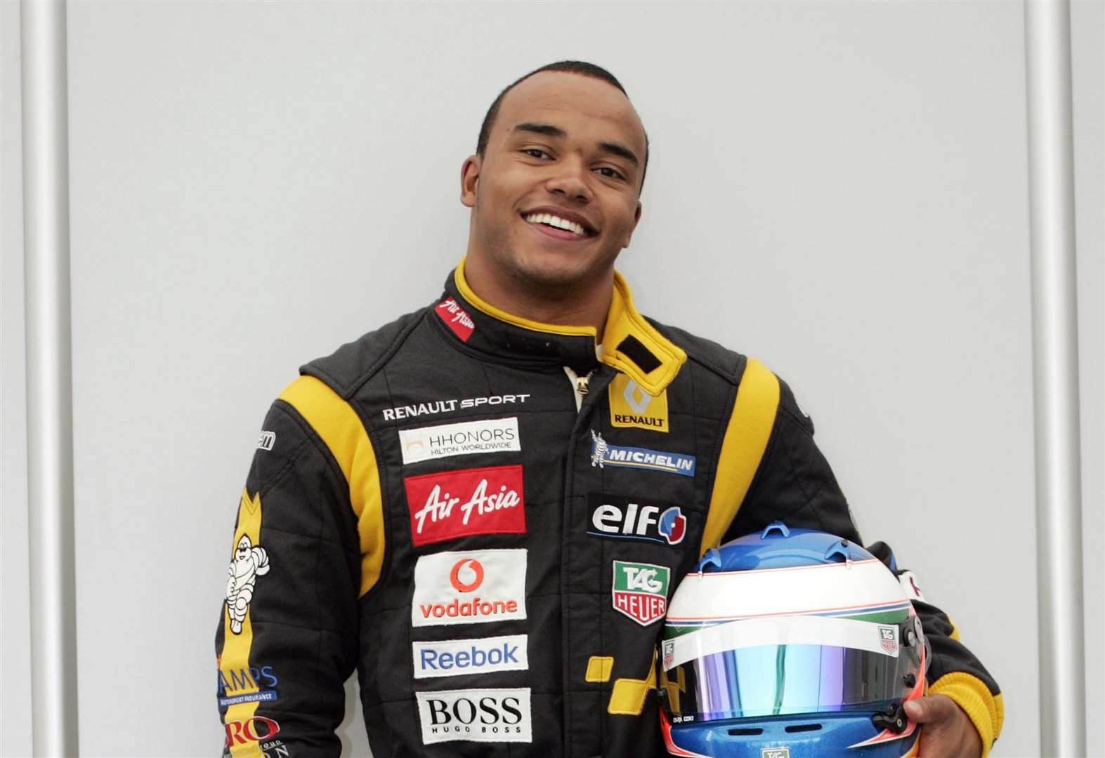 Hamilton joins Kent racing team