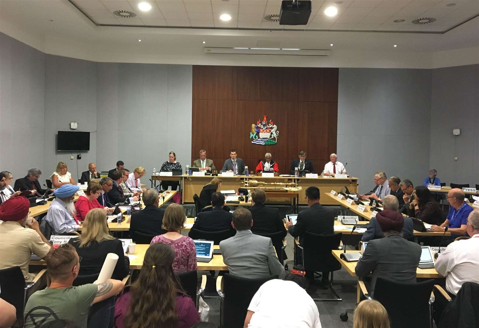 Councillors to be sent on anti-bullying courses