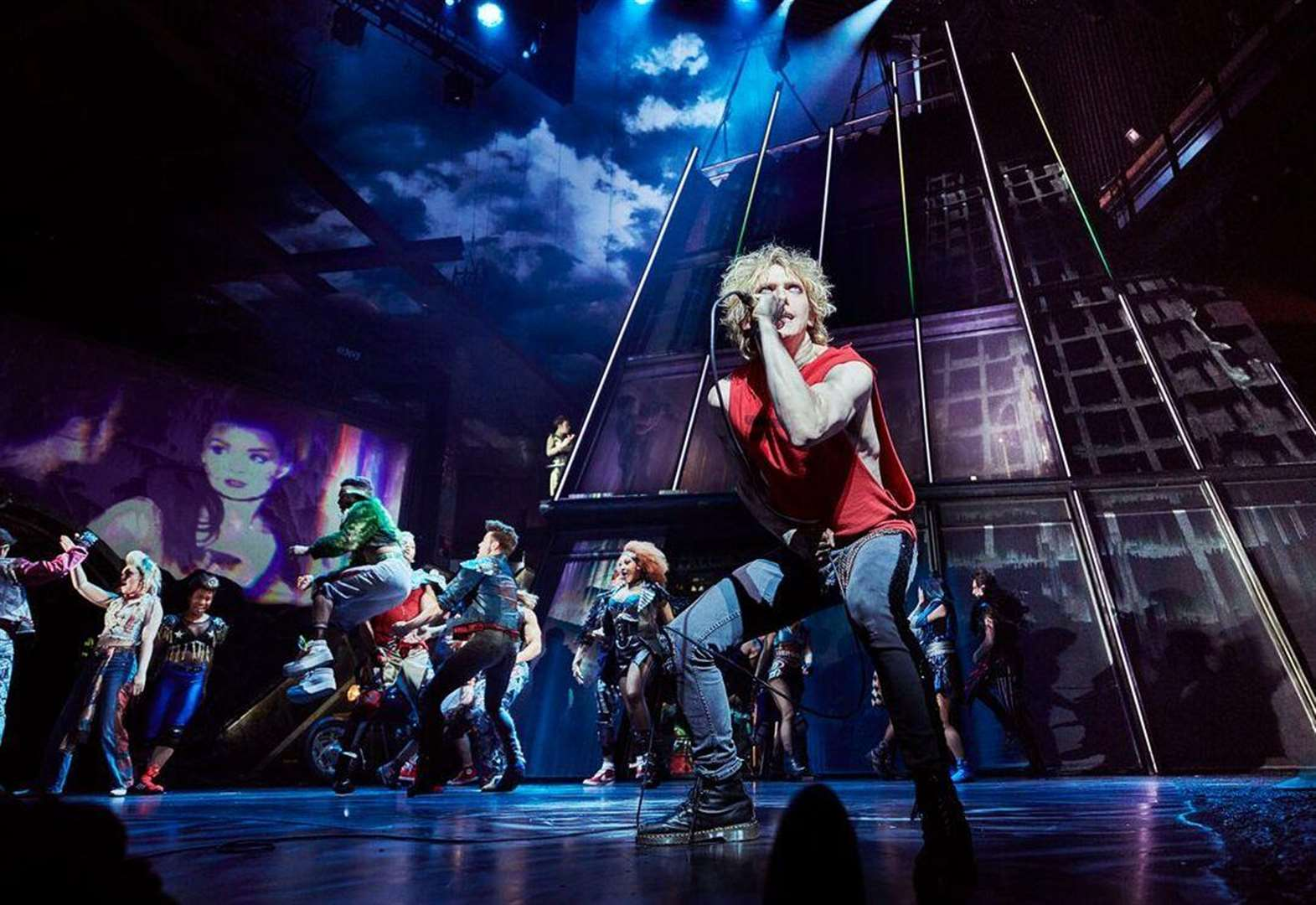 Save money on the biggest events and top West End shows
