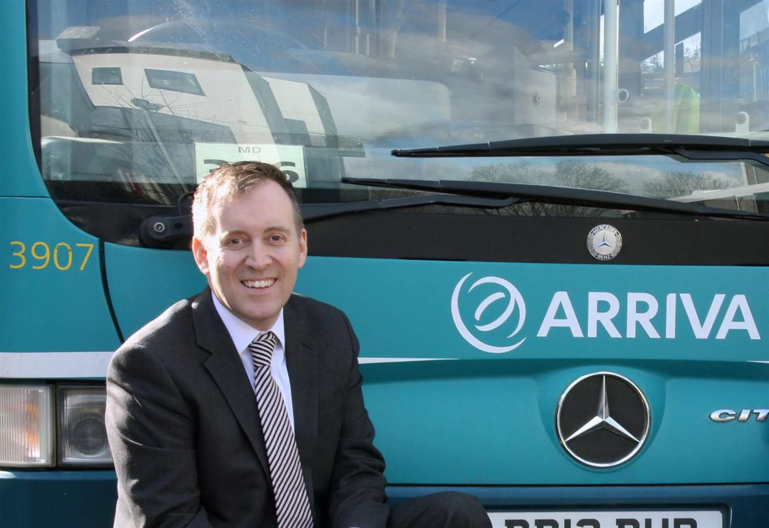 Bus boss backs tram