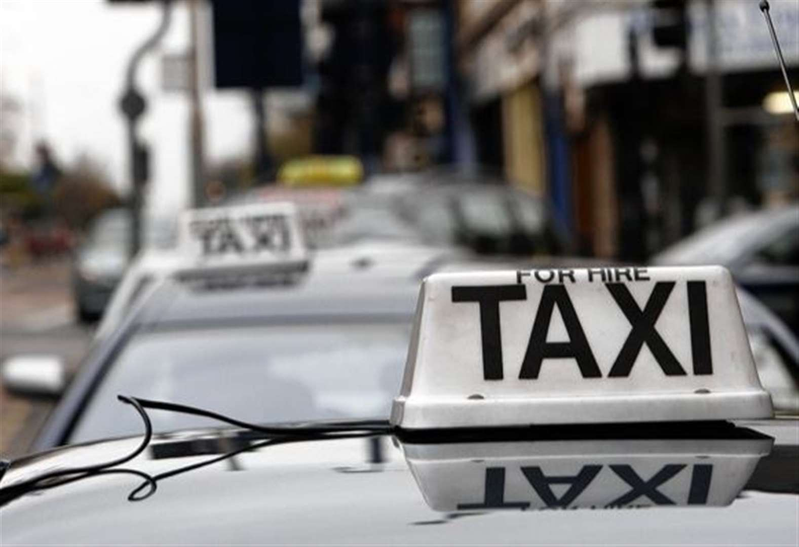 Illegal taxi driver fined £2,000
