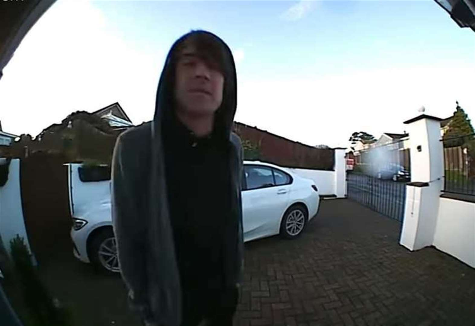 Would-be burglar's bizarre mumblings caught on camera