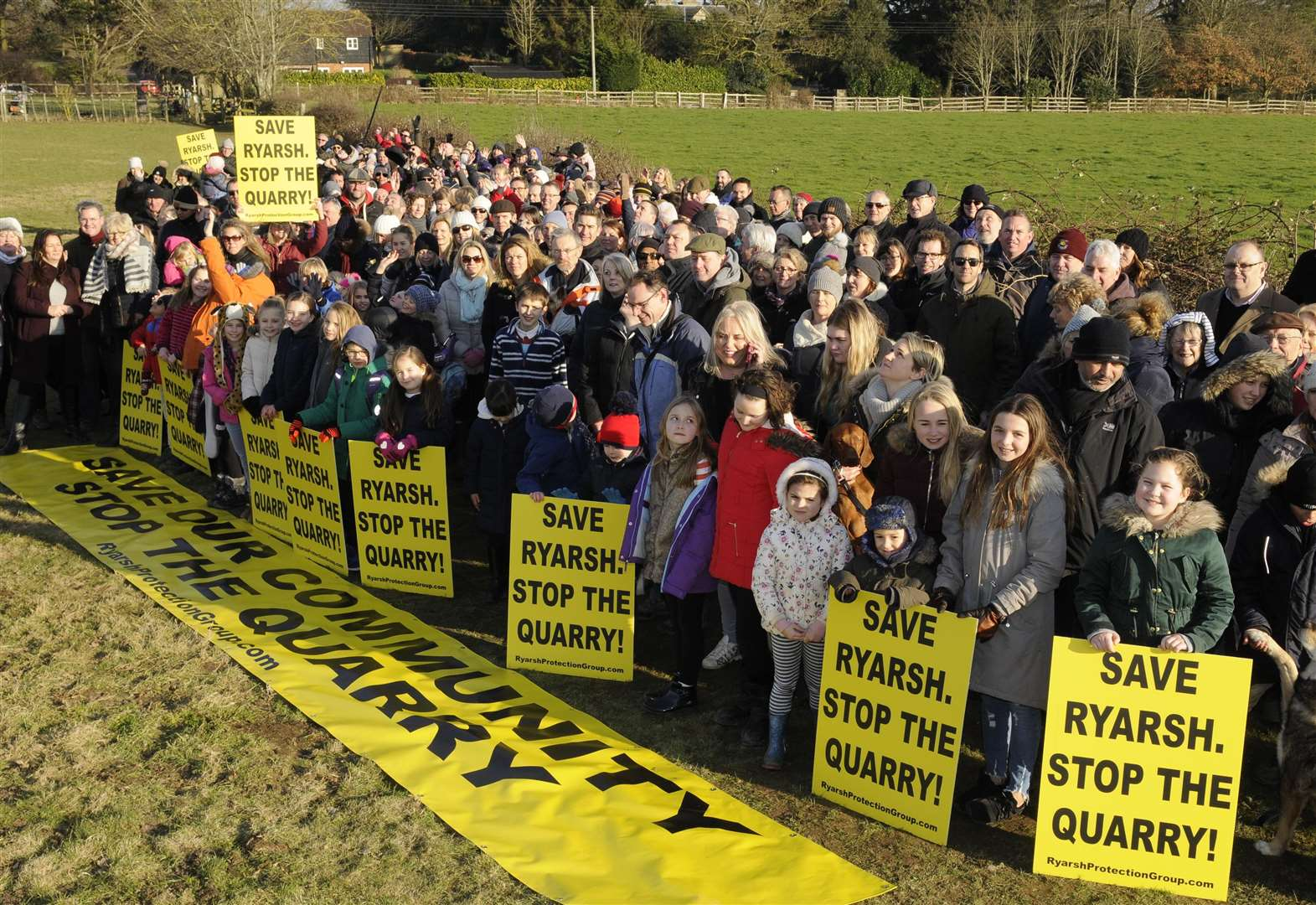 Villagers' latest rally against sandpit