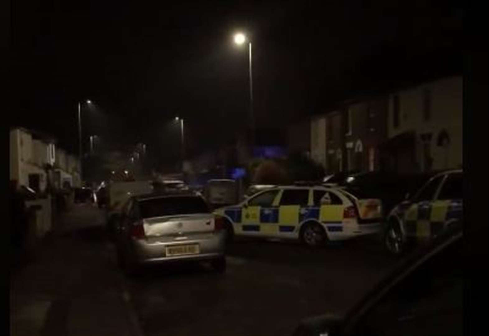 Police helicopter spotted over Station Road, Rainham hunting