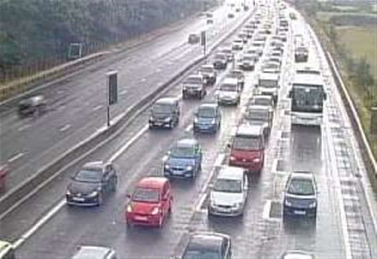 Broken down car removed from M25