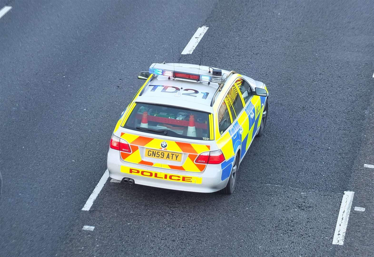 Police officers injured in M20 crash