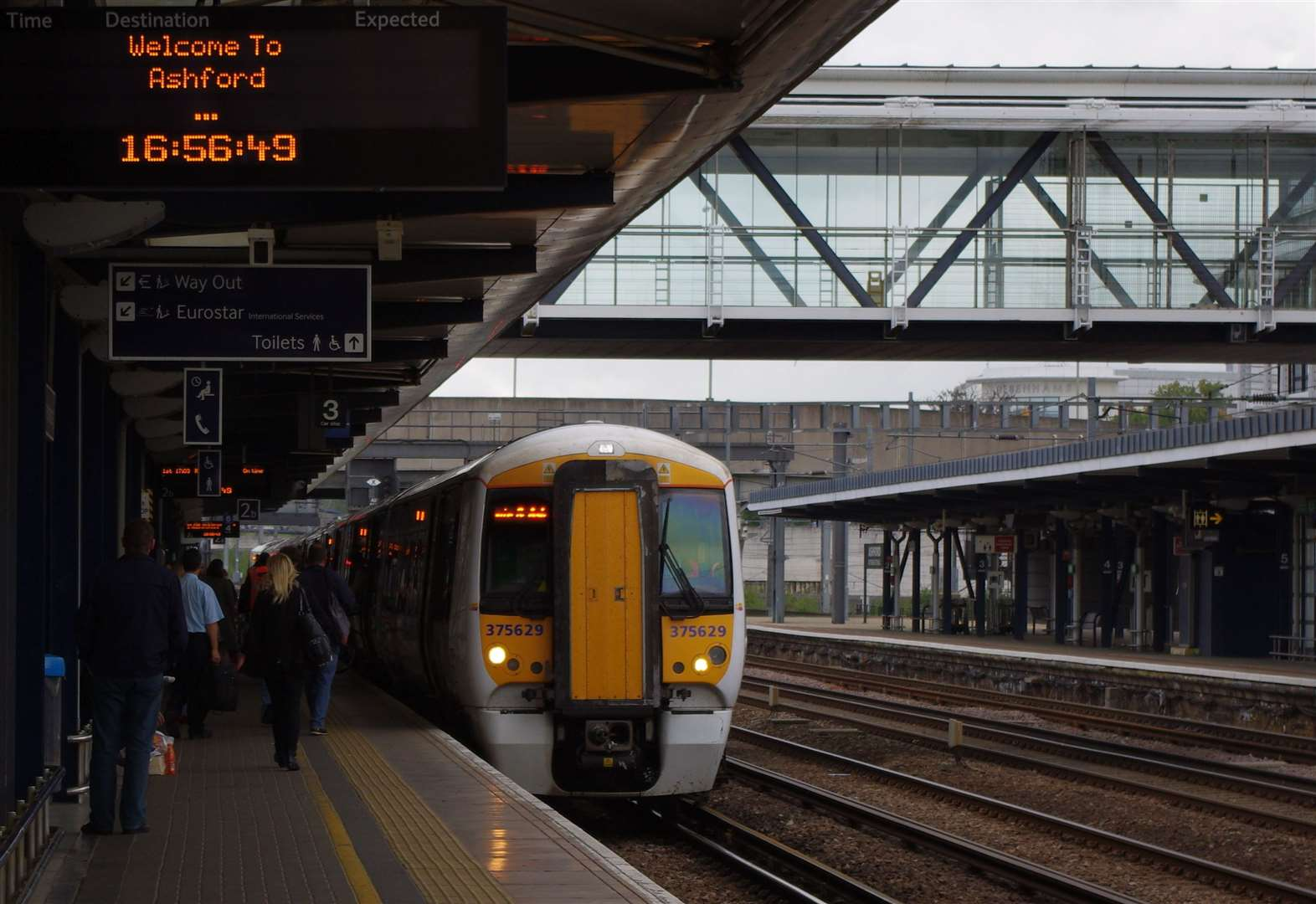 Works to disrupt Easter train travel