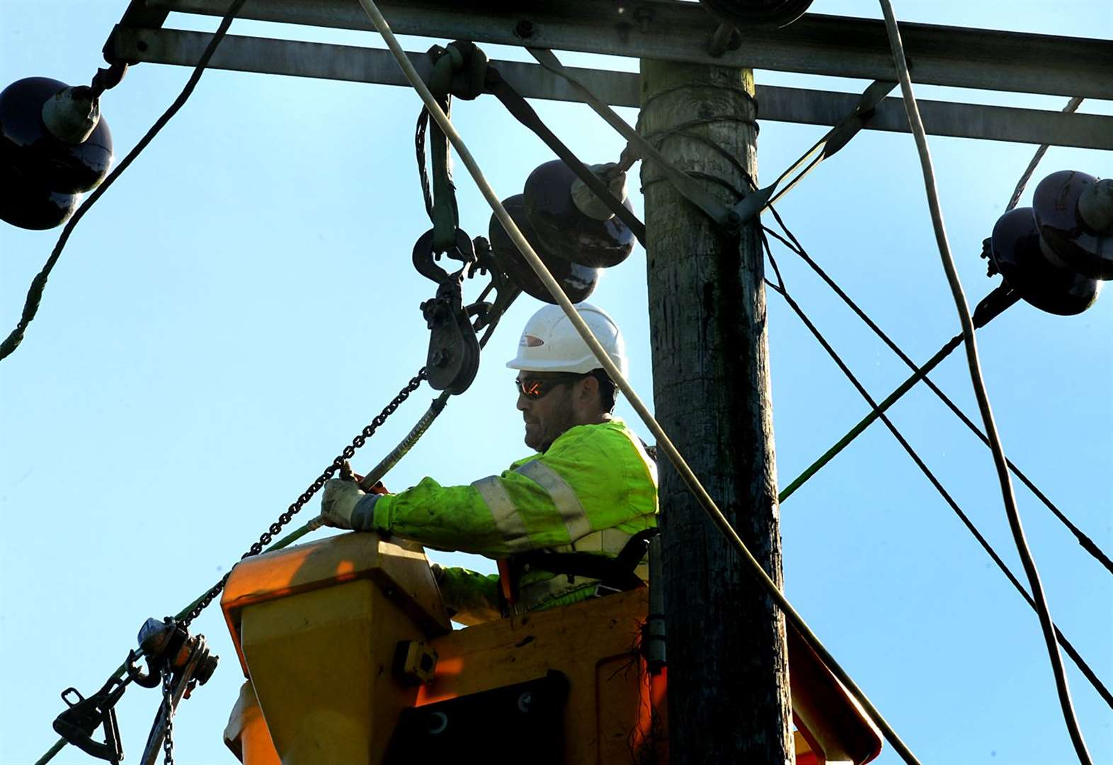 Hundreds of homes without power