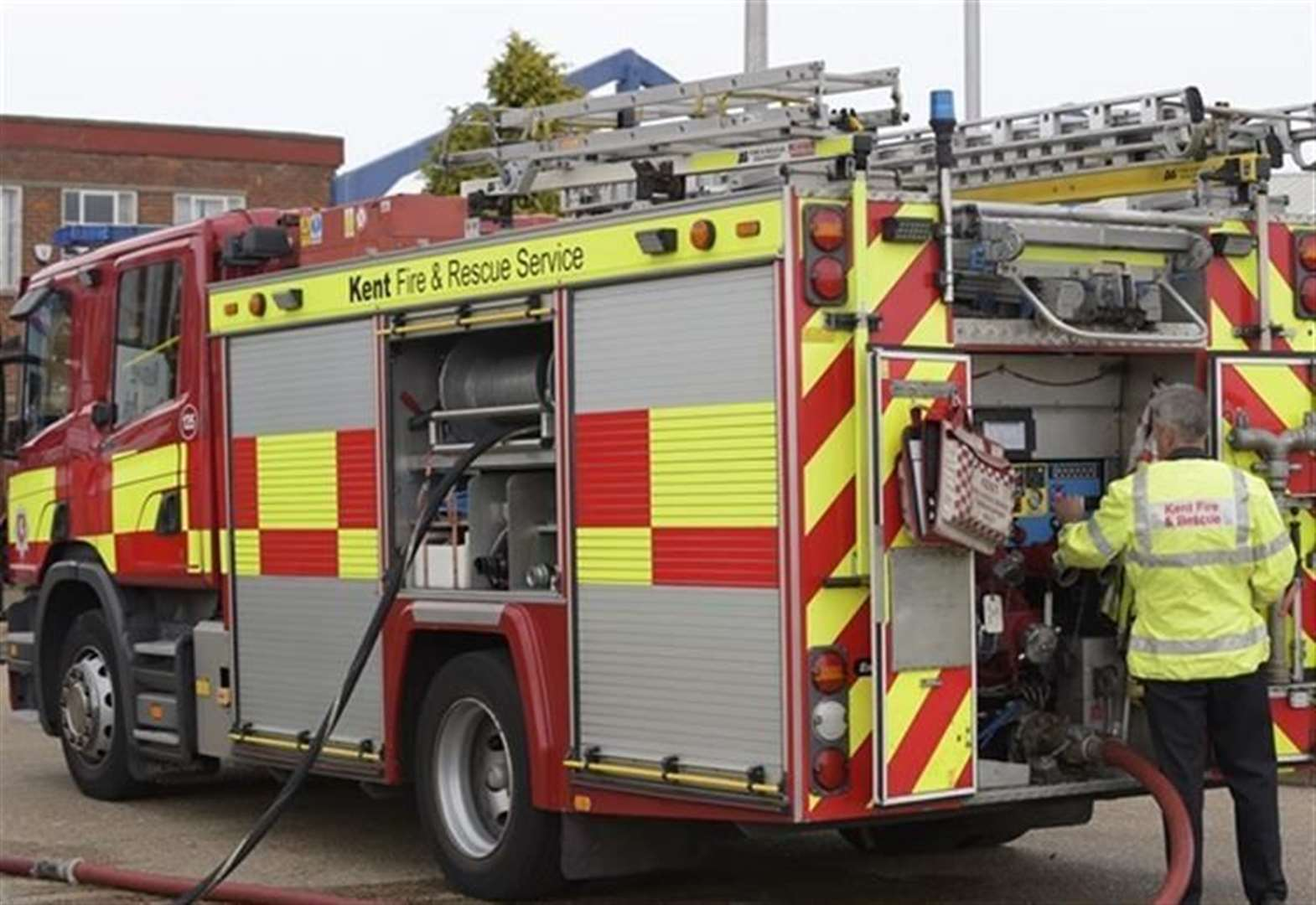 Lucky escape for family after hob fire breaks out