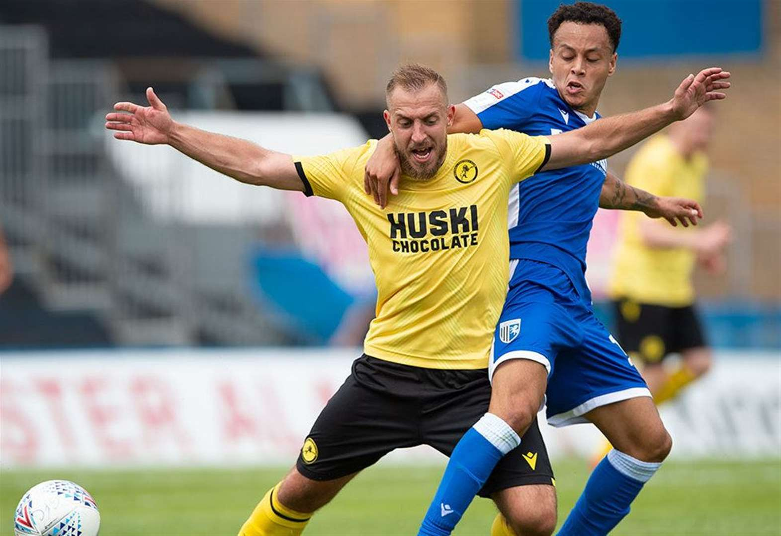 Report: Busy Gills edged out