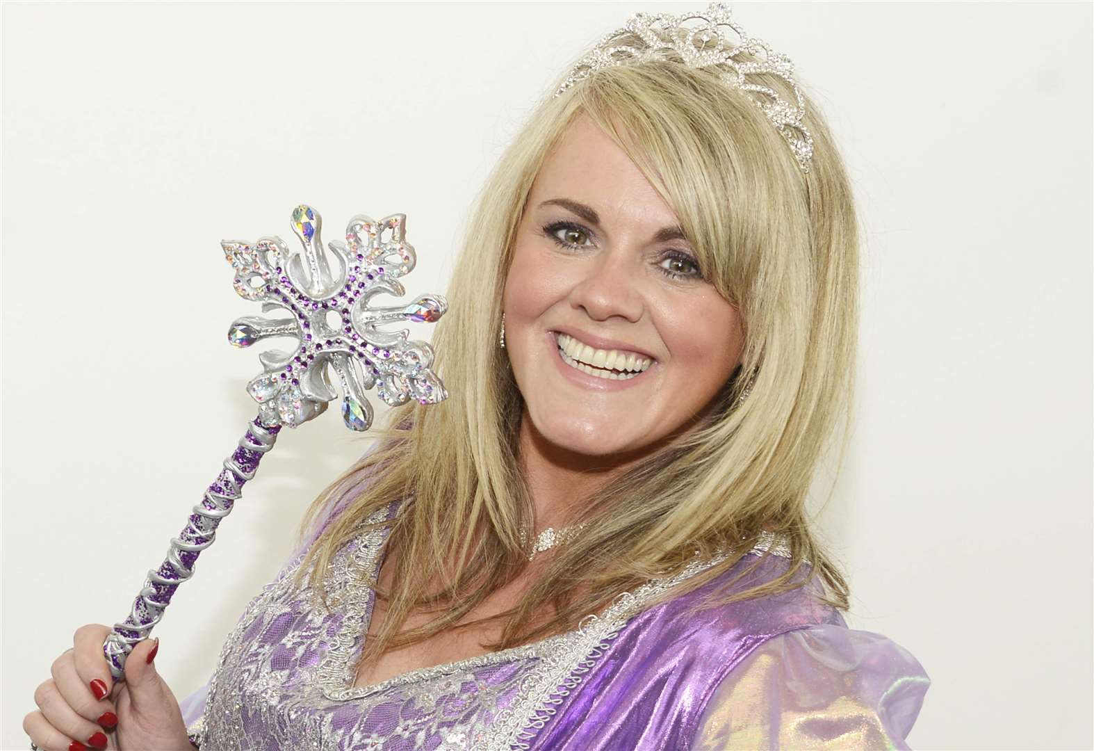 Coronation Street star Sally's ready for panto - oh yes she is!