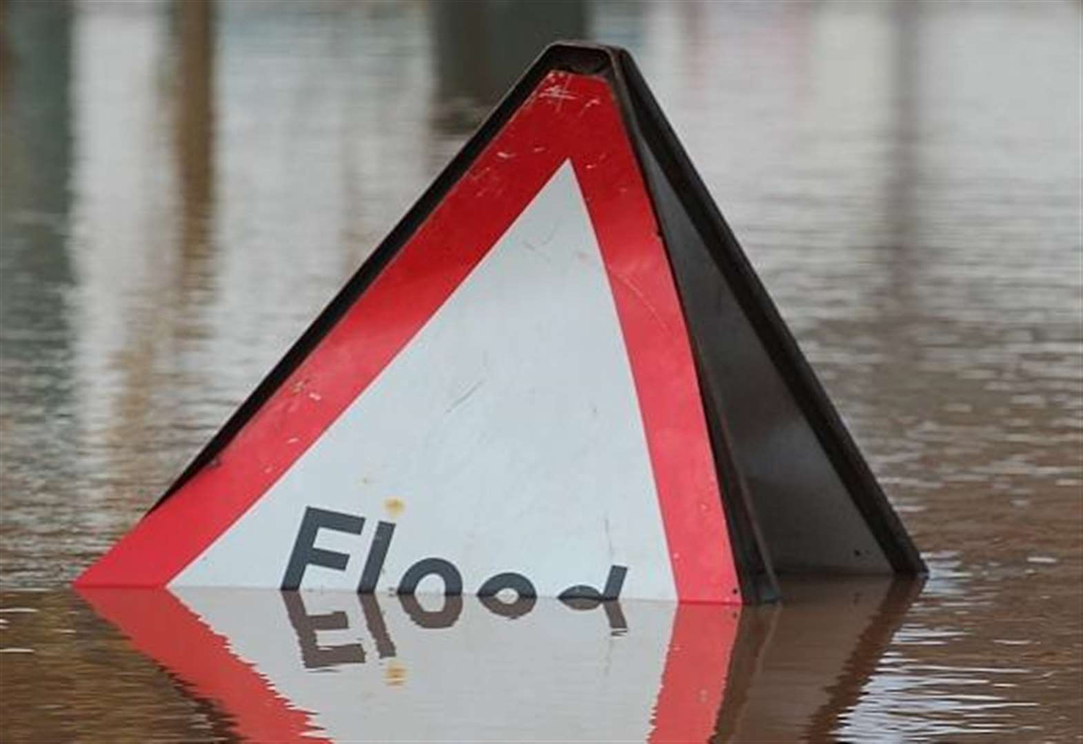 Parts of Kent on alert as flood warning follows heavy rain