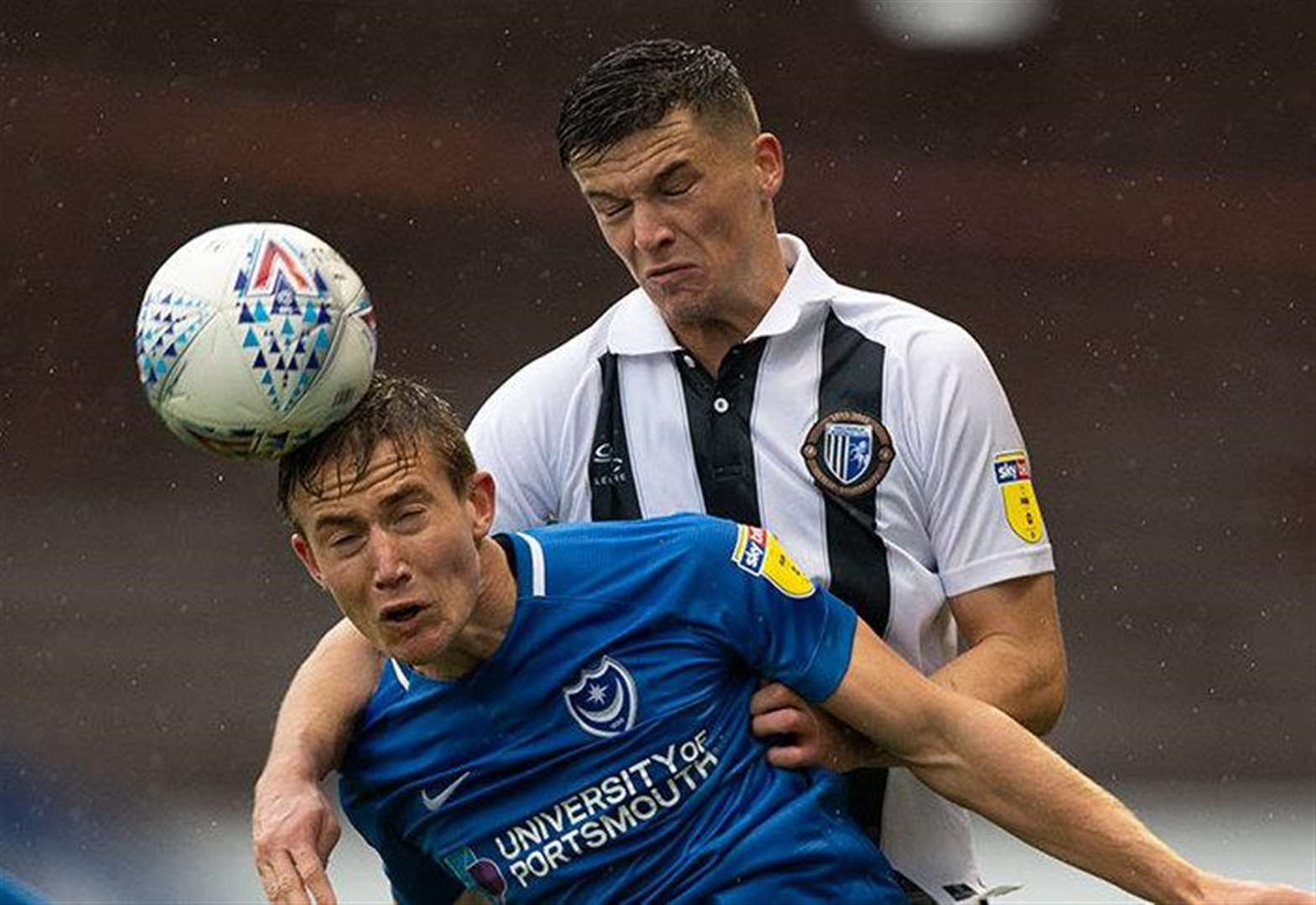 Report: Gills stun leaders
