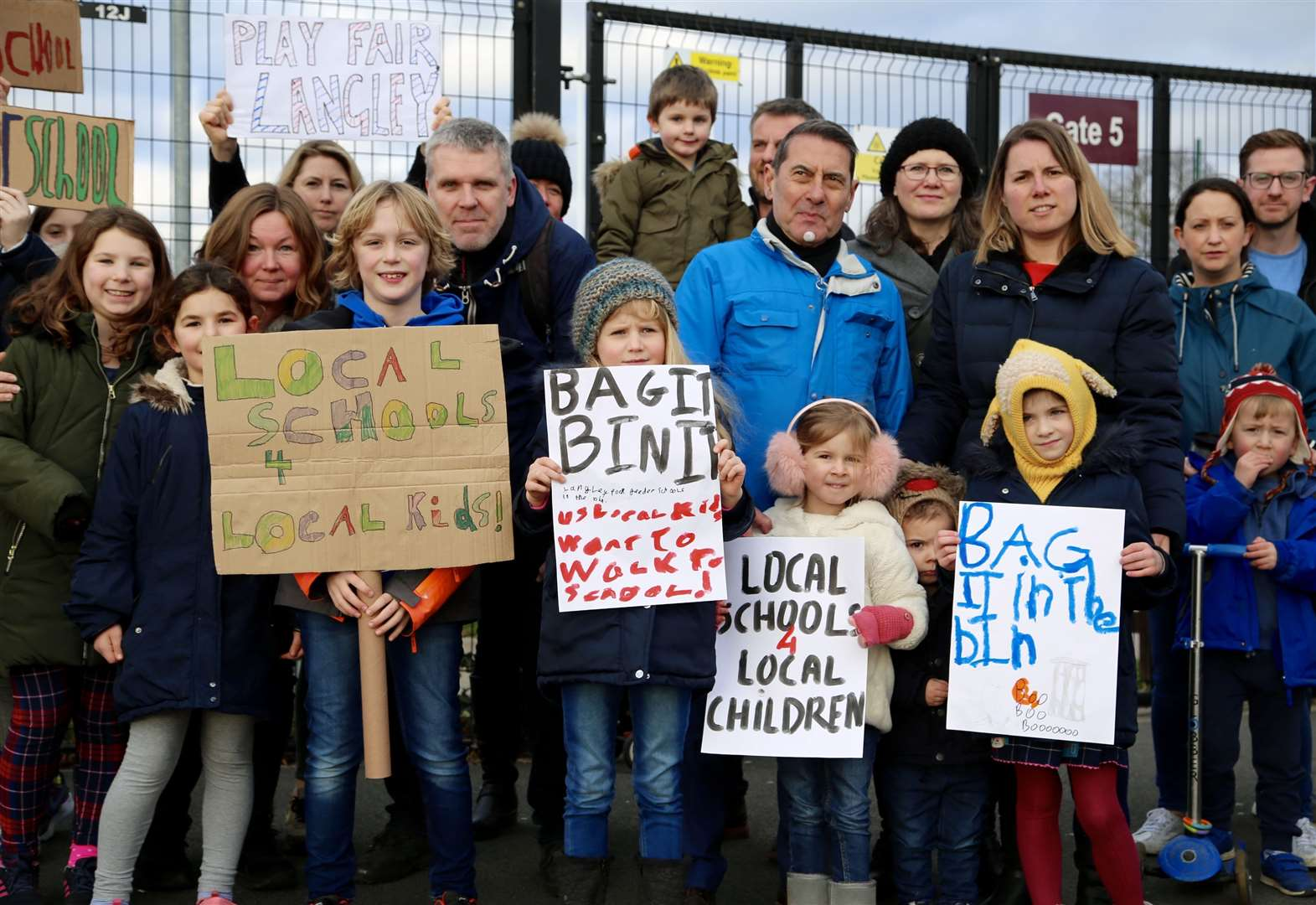 Protest over 'unfair' school admissions plans
