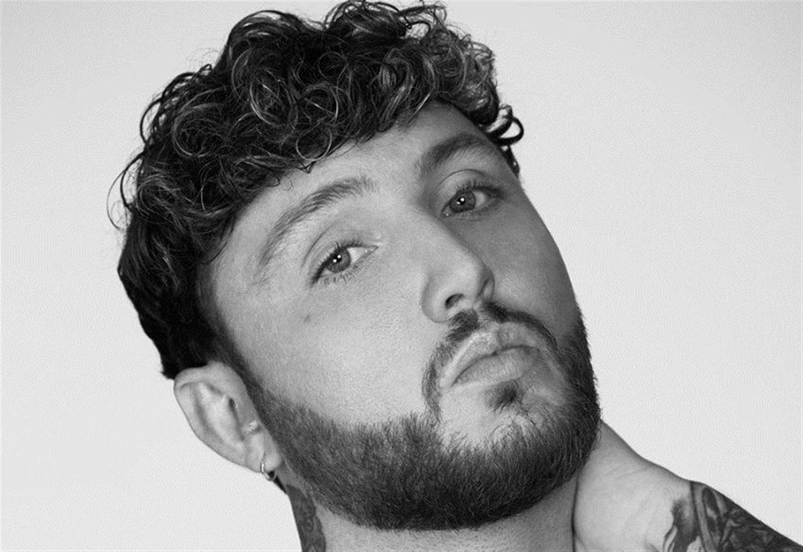 James Arthur has Breakfast with kmfm
