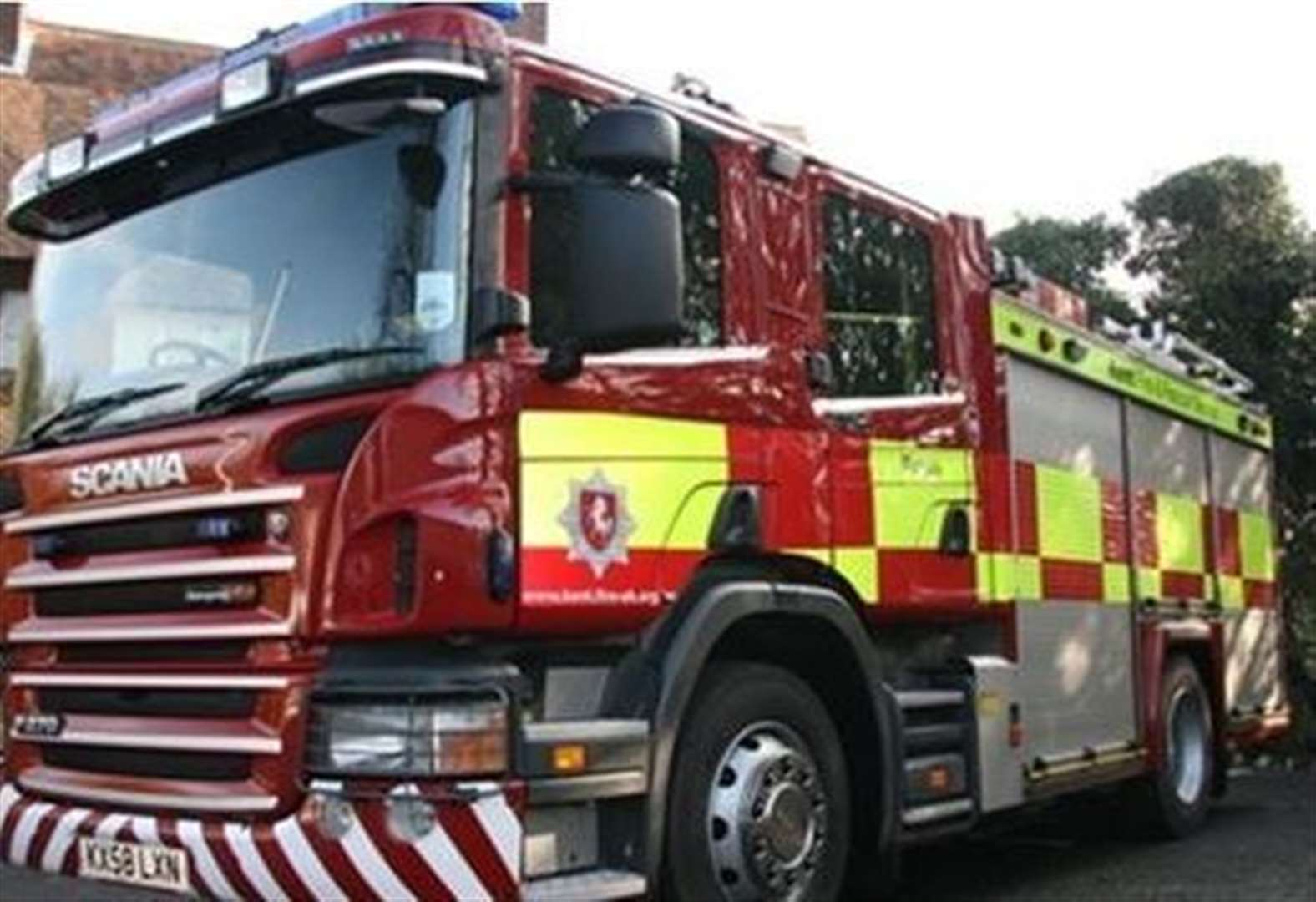 Cooking oil sparks flat fire