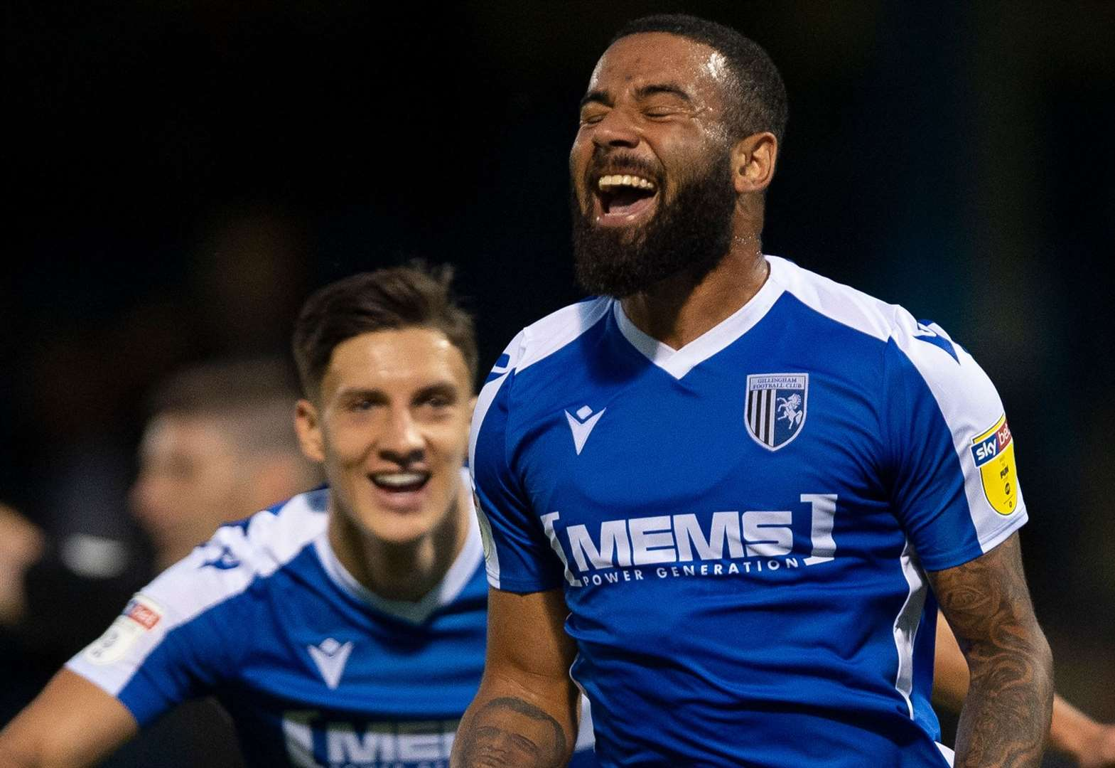 Gills v Blackpool - top 10 pictures