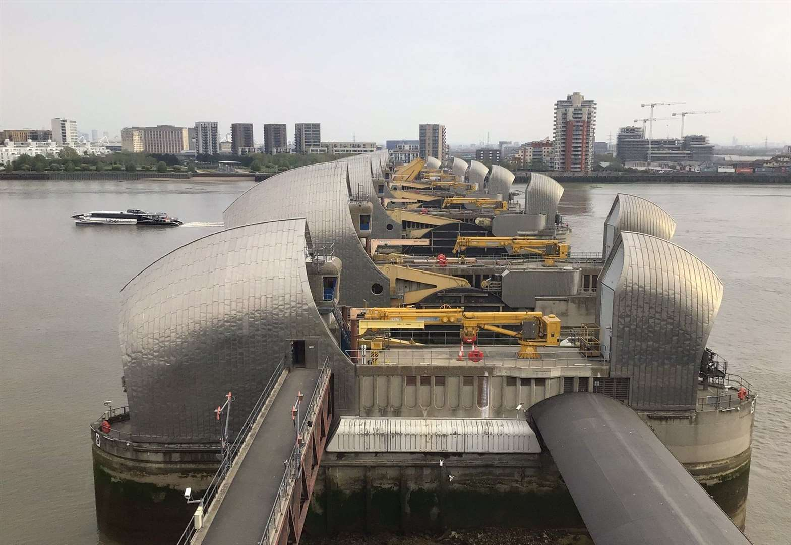 Tidal surge puts Thames Barrier on standby