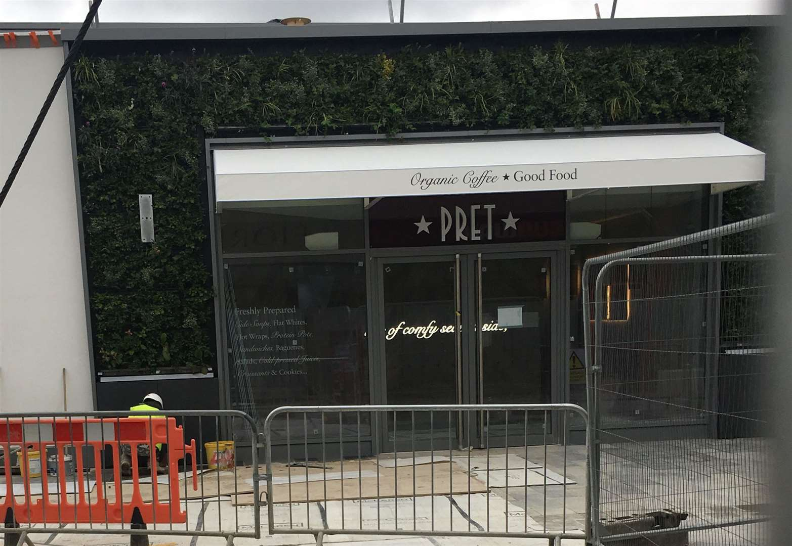 New cafe to open at shopping centre