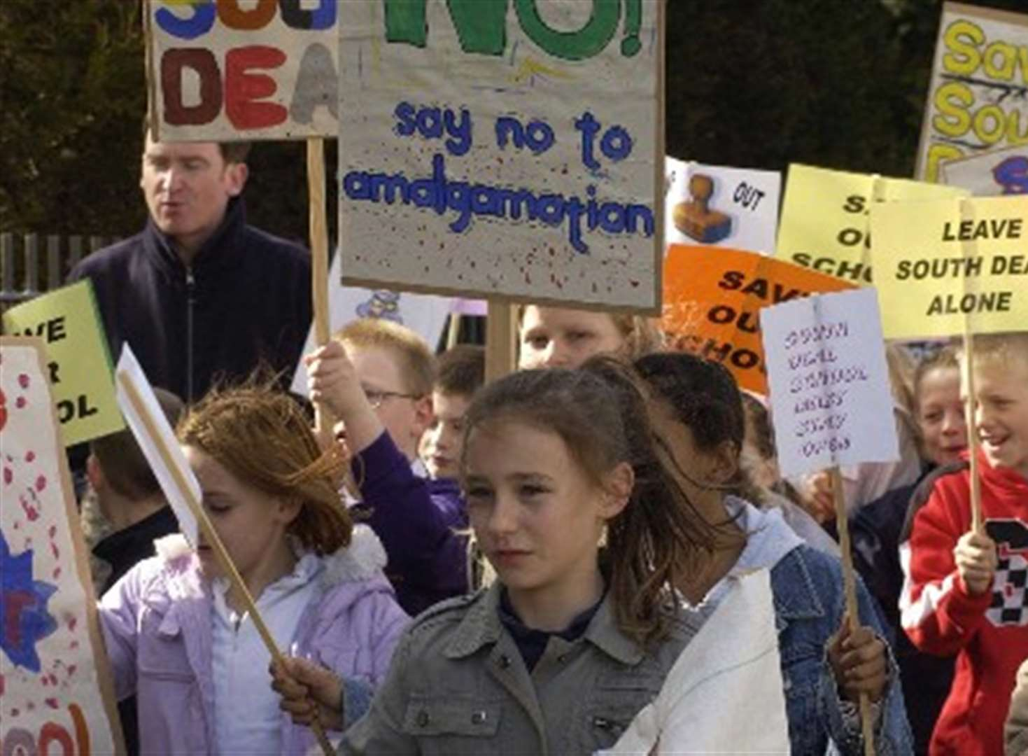 Pupils protest in bid to save school