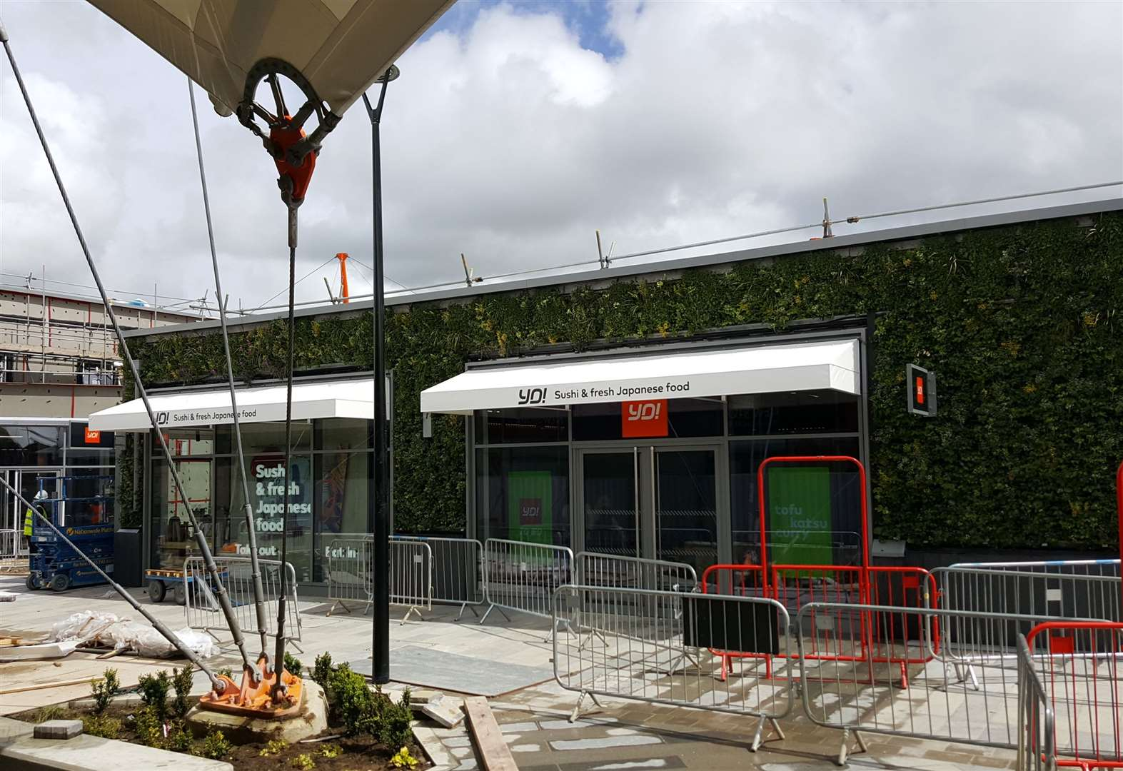 YO! Sushi opens at shopping centre