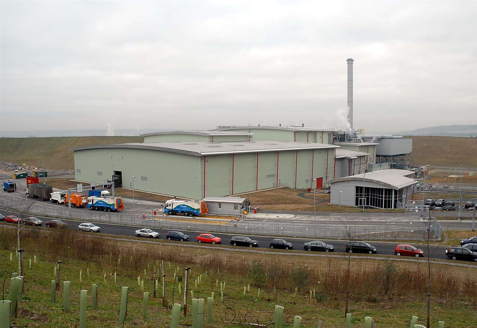 Plans for waste incinerator to burn 350,000 tonnes more a year