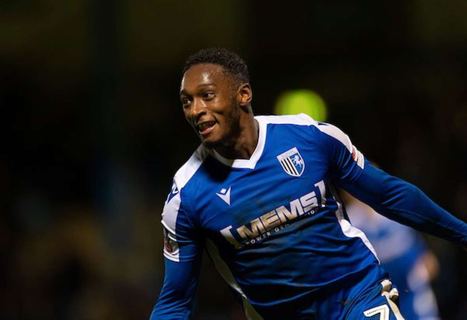 Evans gets the right response as Gills win through in replay